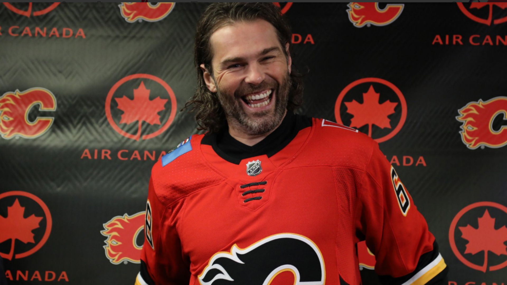 newest 24466 960ef Jagr joins Flames on one-year deal | HOCKEY News | Stadium Astro