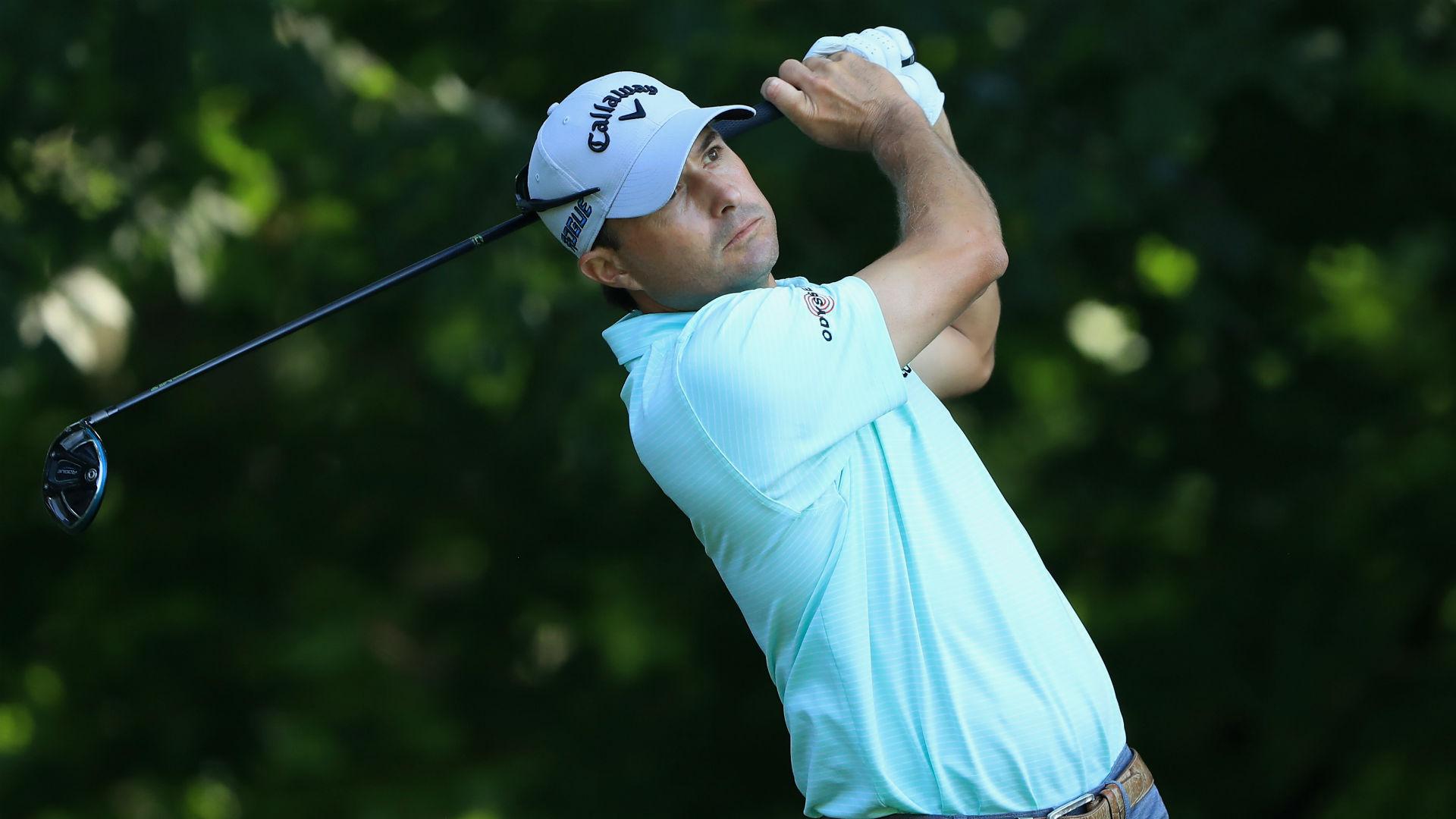 Kisner leads US PGA, Molinari makes ominous start