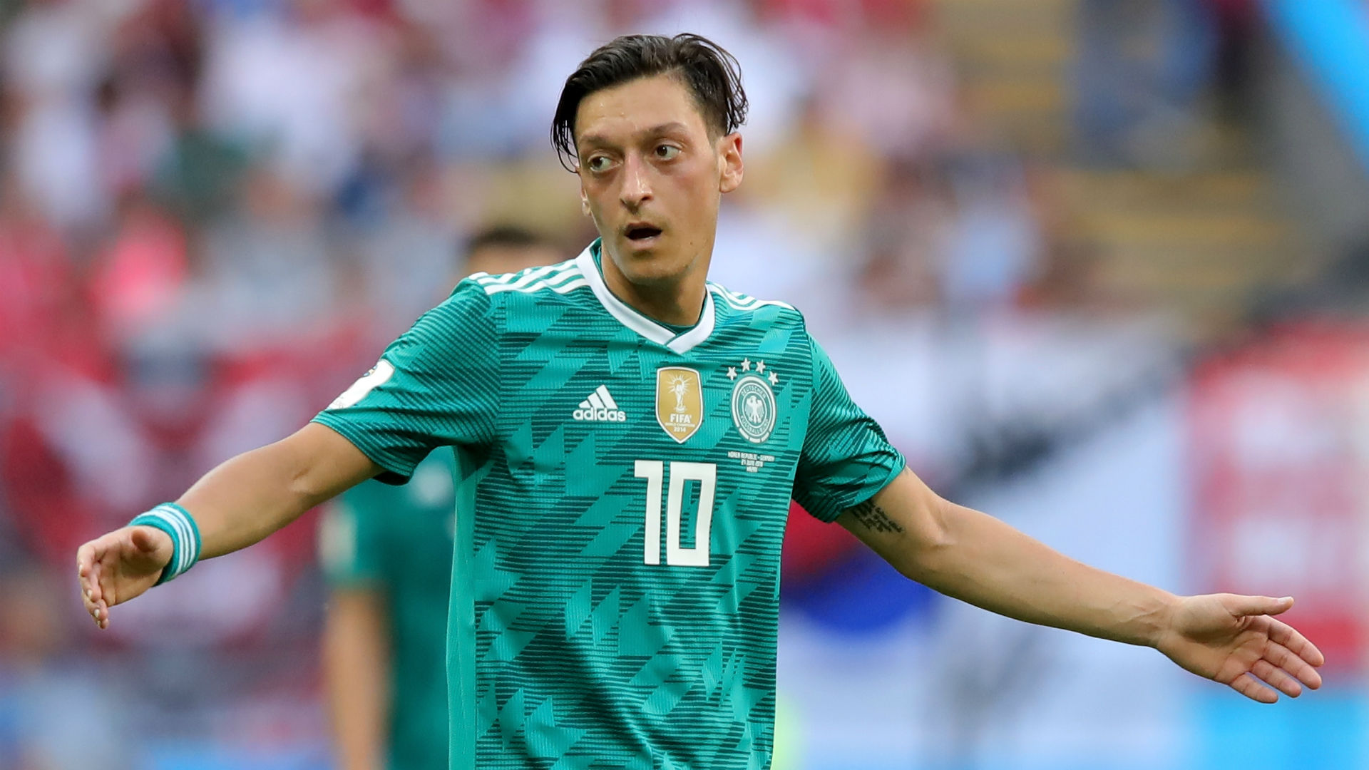 Germany players accept Ozil's retirement - Neuer