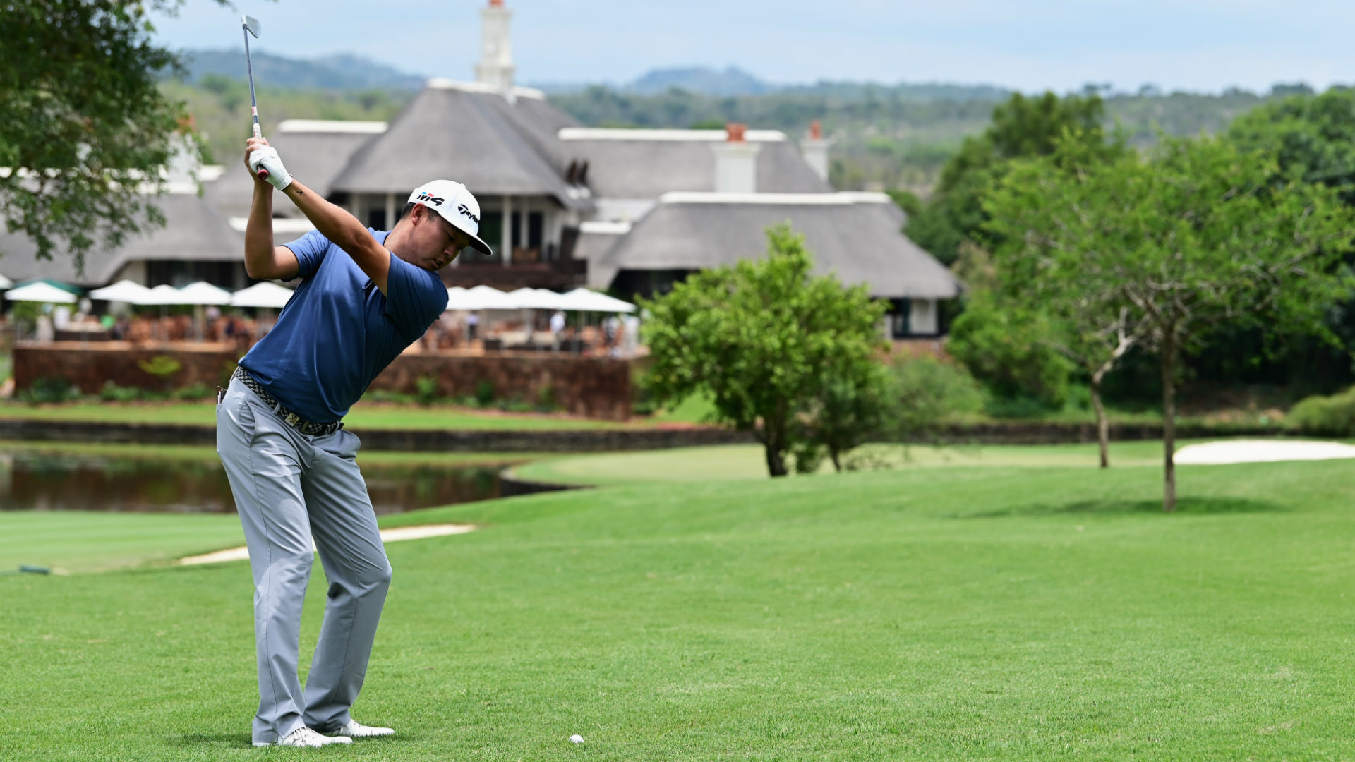 Lipsky hits the front at Leopard Creek