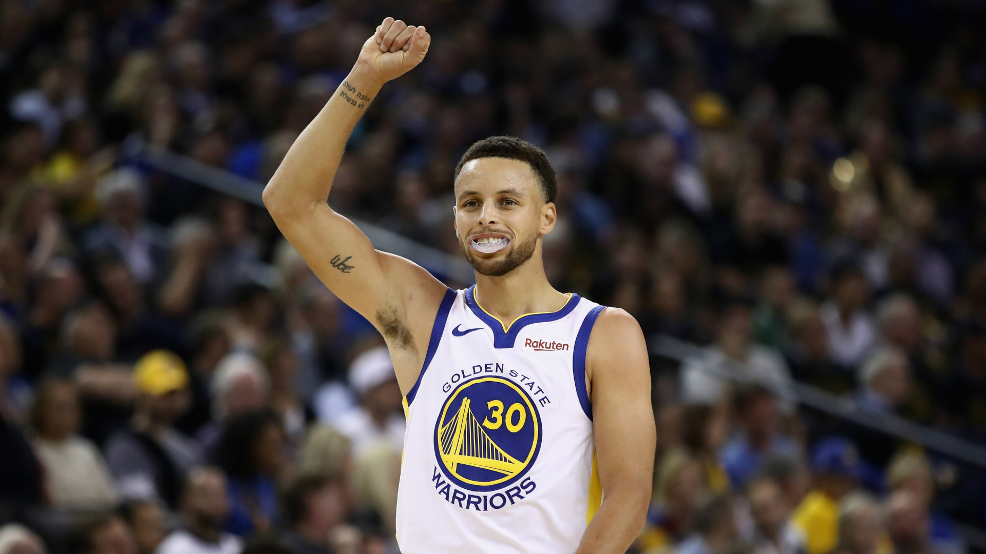 Curry scores 15,000th regular-season point in Warriors win
