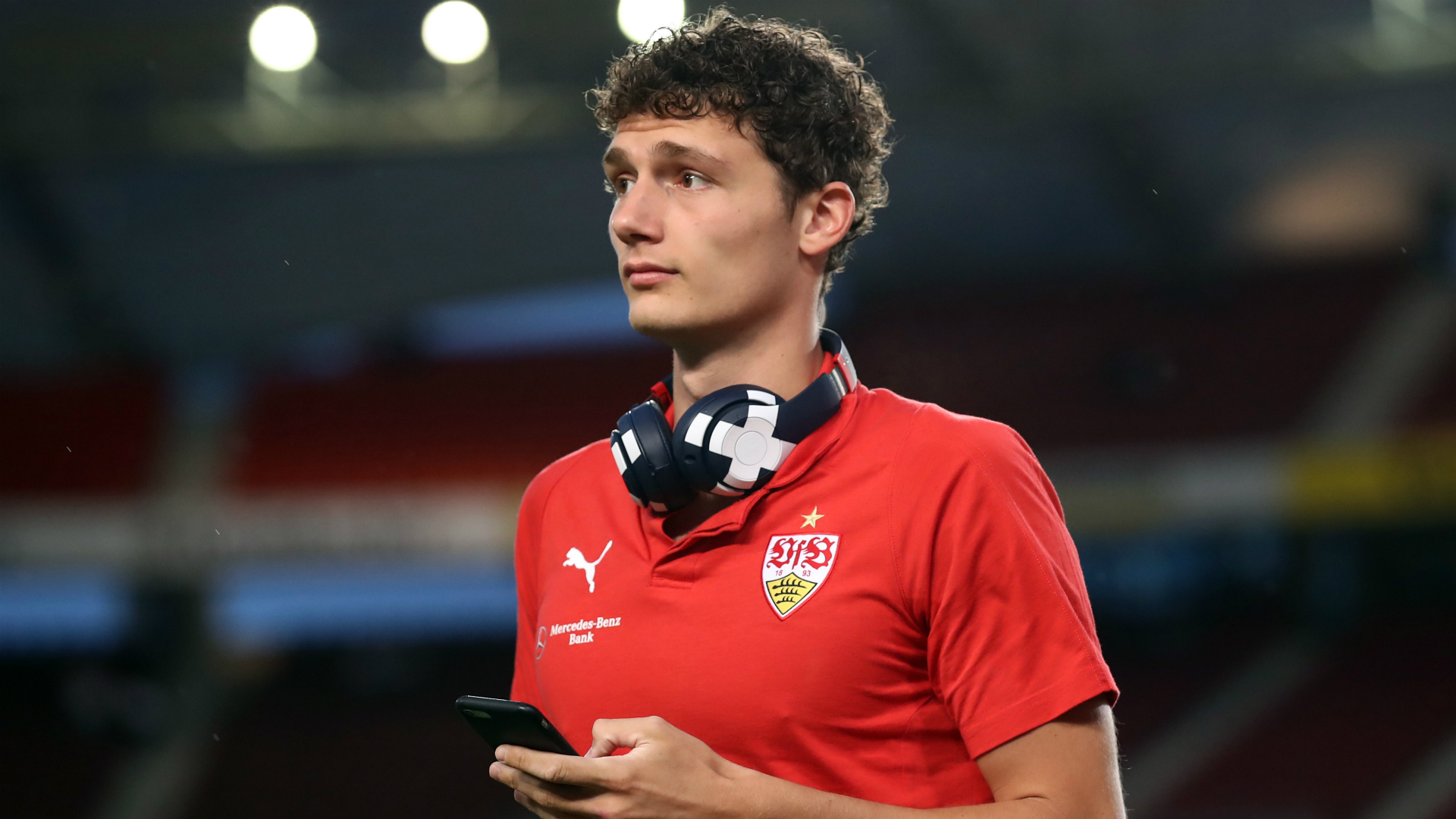 Pavard denies signing for Bayern Munich