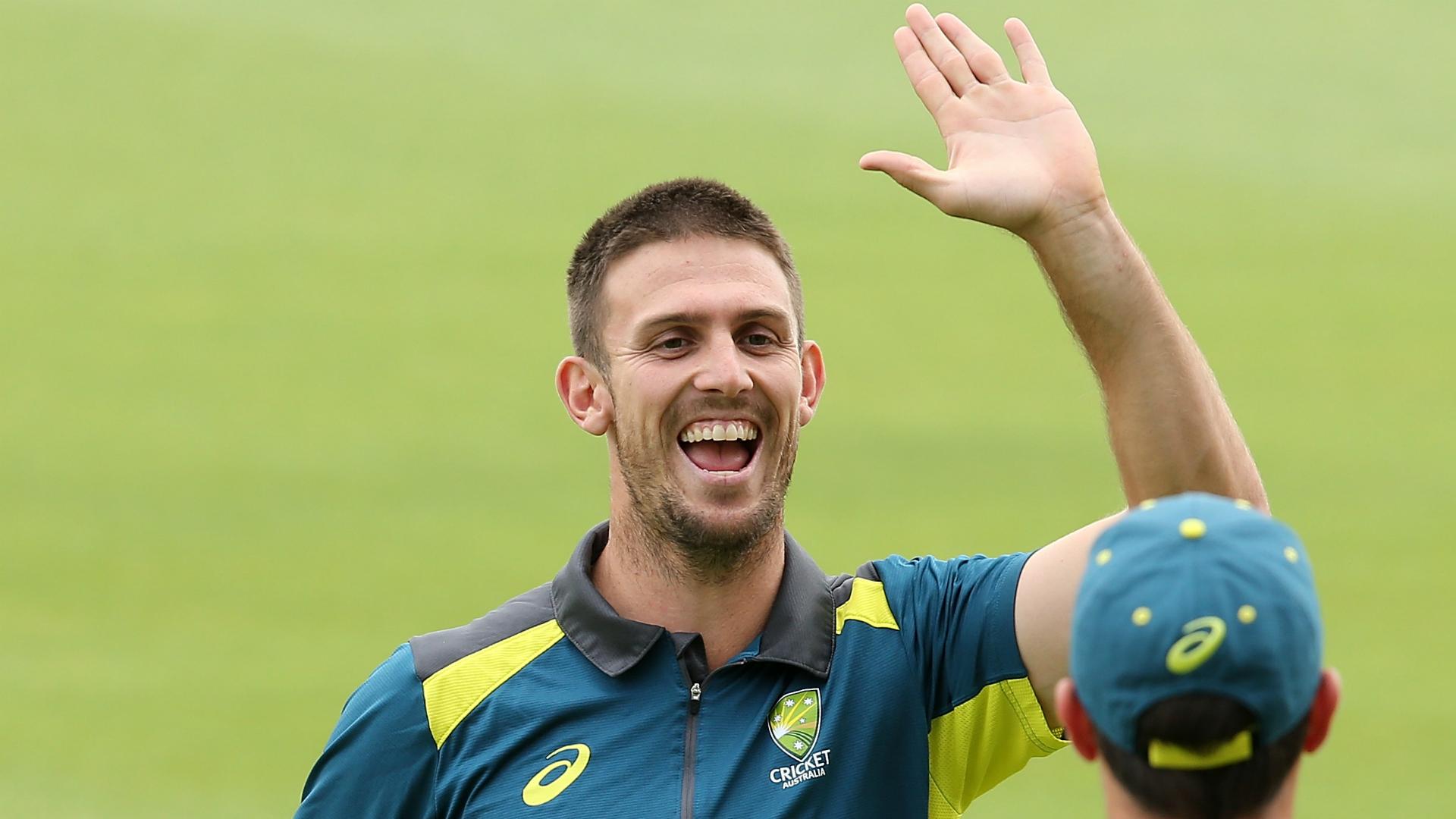 Marsh returns for Melbourne Test as Handscomb makes way