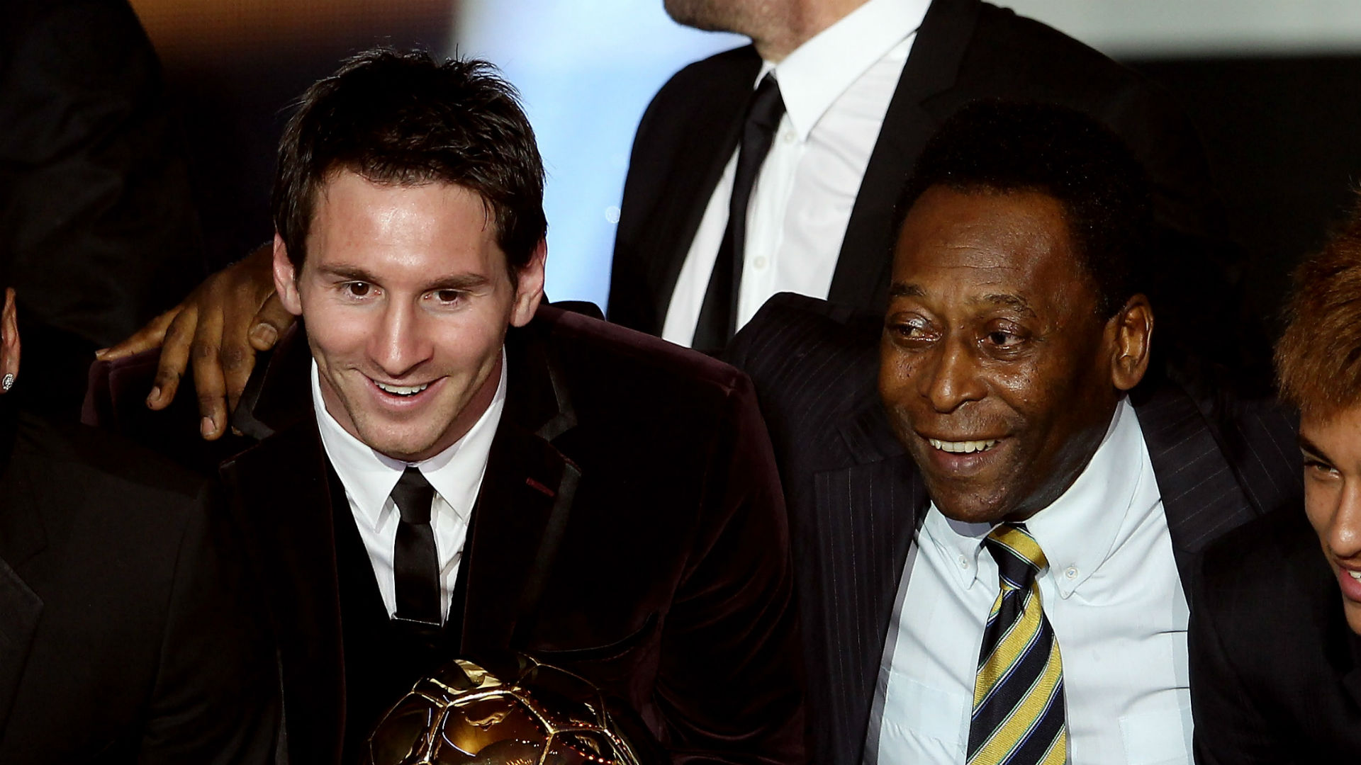 One skill, one leg, can't head - Pele's damning assessment of Messi
