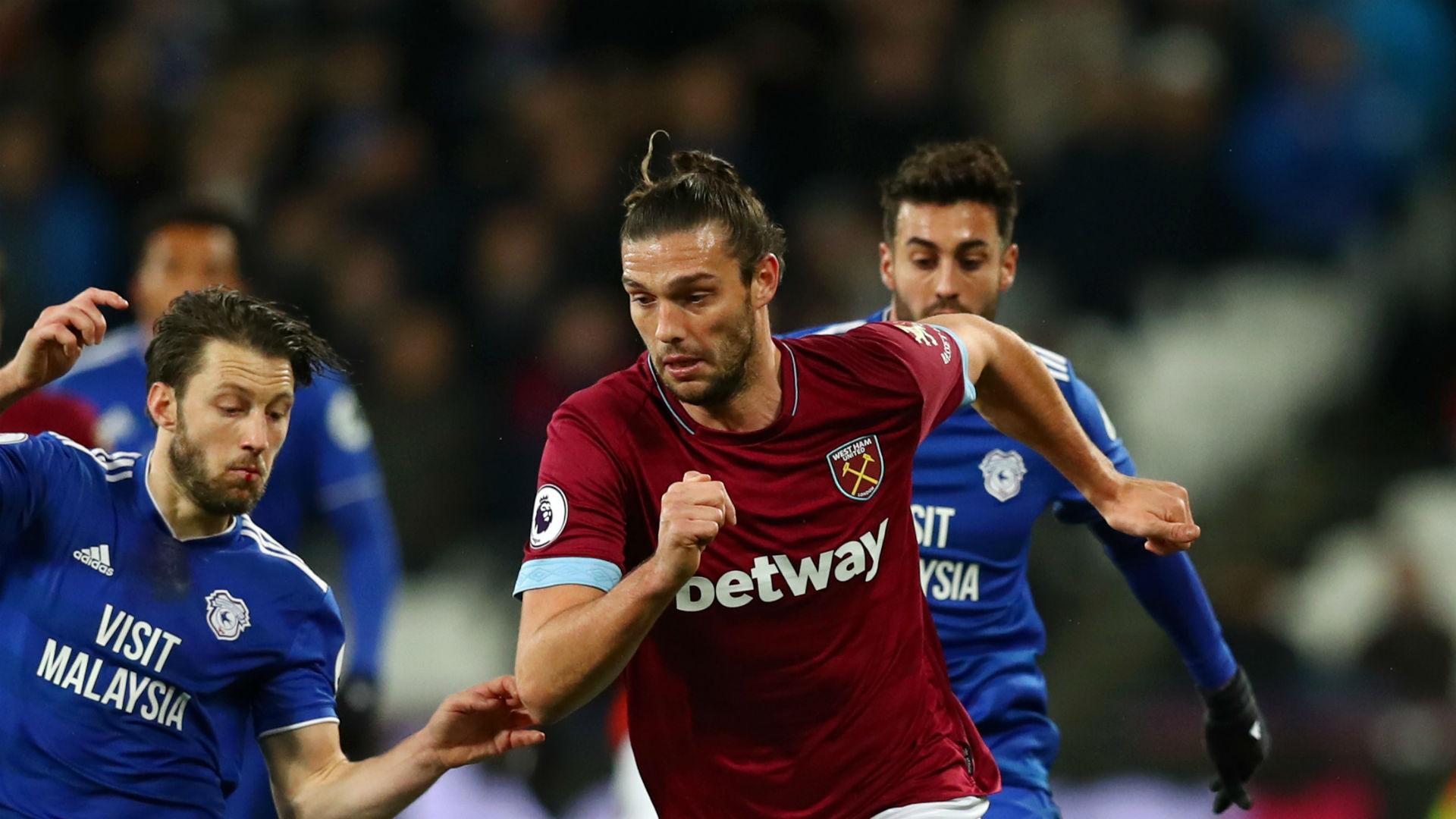 Carroll must earn West Ham extension - Pellegrini