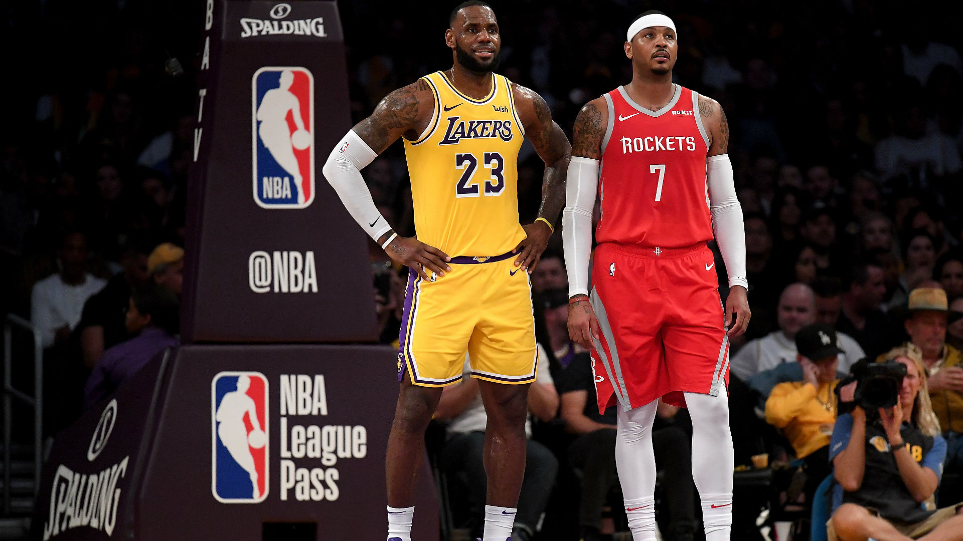 LeBron James wants Lakers to acquire Carmelo Anthony, report says