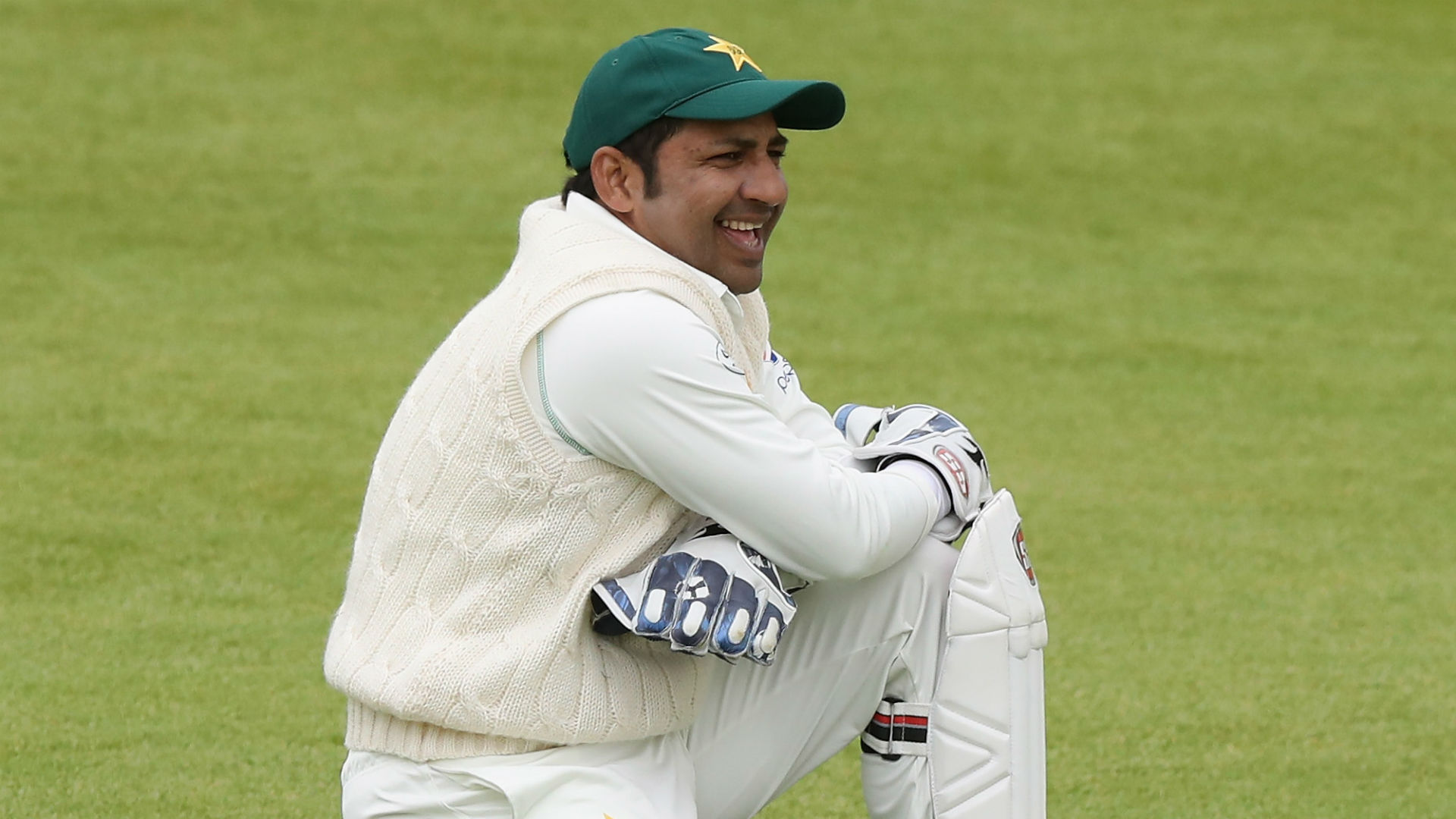 Sarfraz open to considering future as Pakistan Test captain