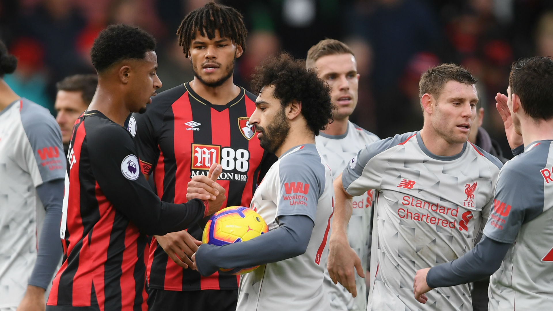 He's one of the best in the world – Klopp and Howe united in appreciation for Salah
