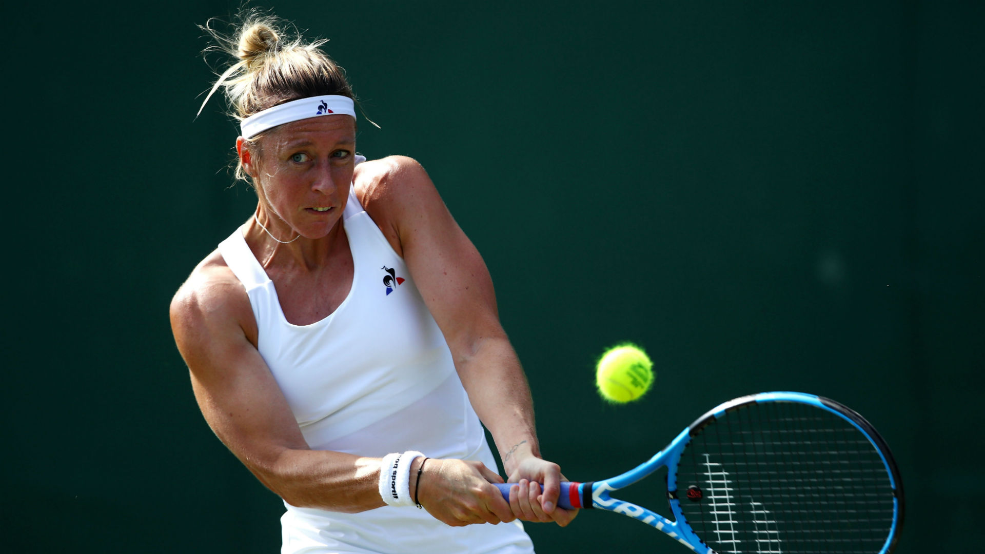 Parmentier rallies to avoid Bucharest exit, Arruabarrena bows out in Gstaad