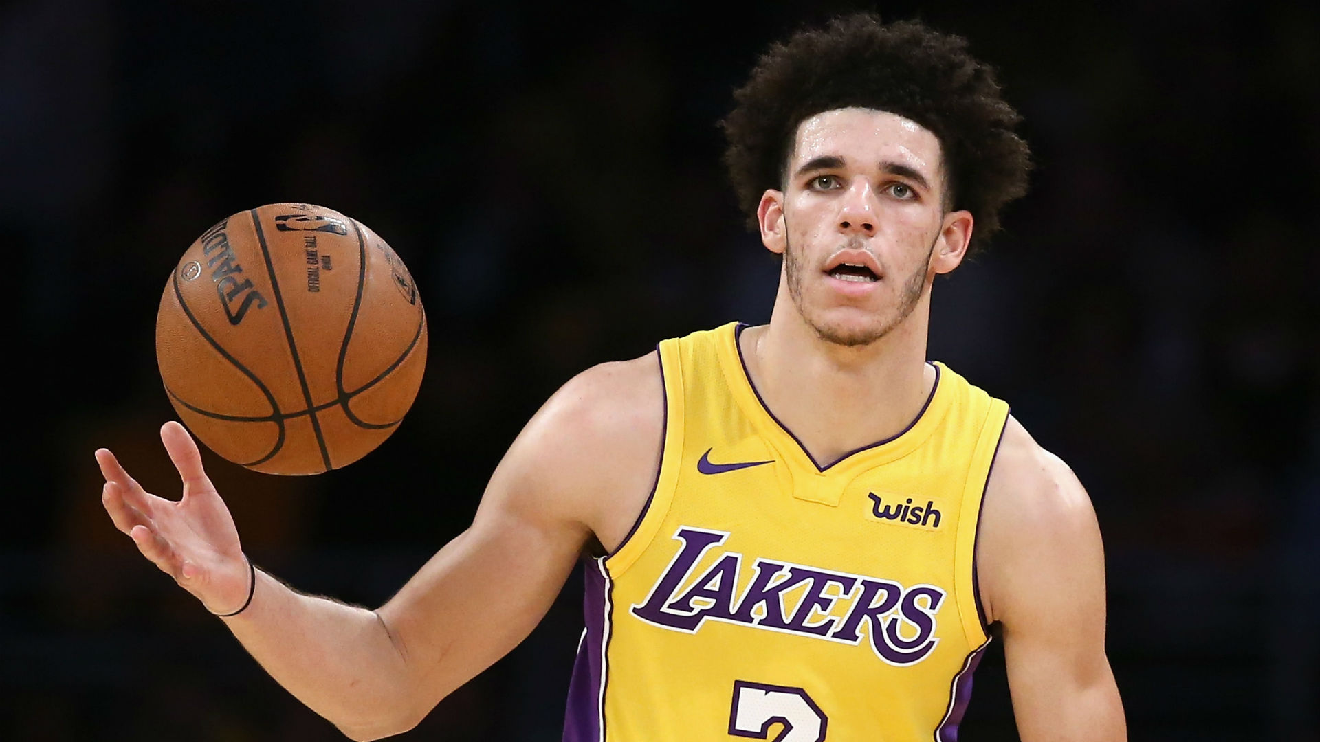 Lakers' Ball undergoes successful knee surgery