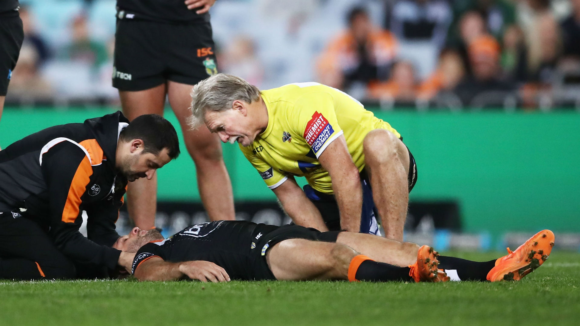 Farah concussed on 250th Wests game as Tigers stun Souths