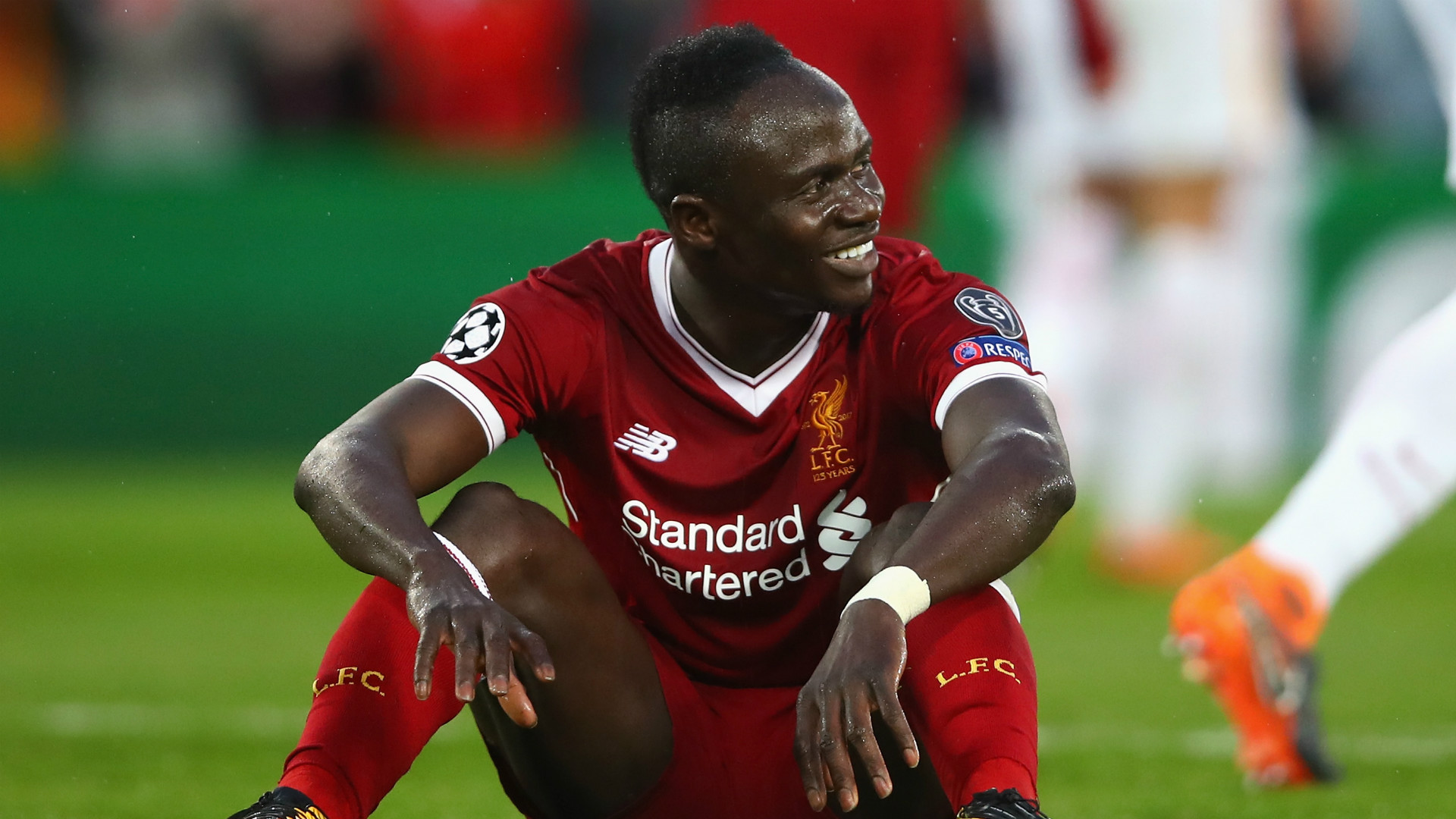 new product 1595e 15c6f Mane sends 300 Liverpool shirts to Senegal village for ...