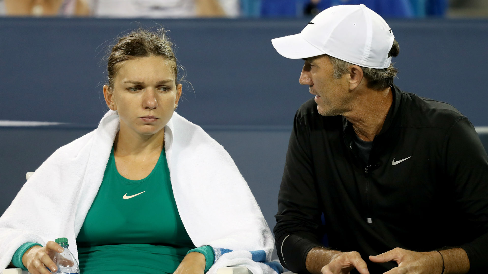Cahill announces Halep split for family reasons