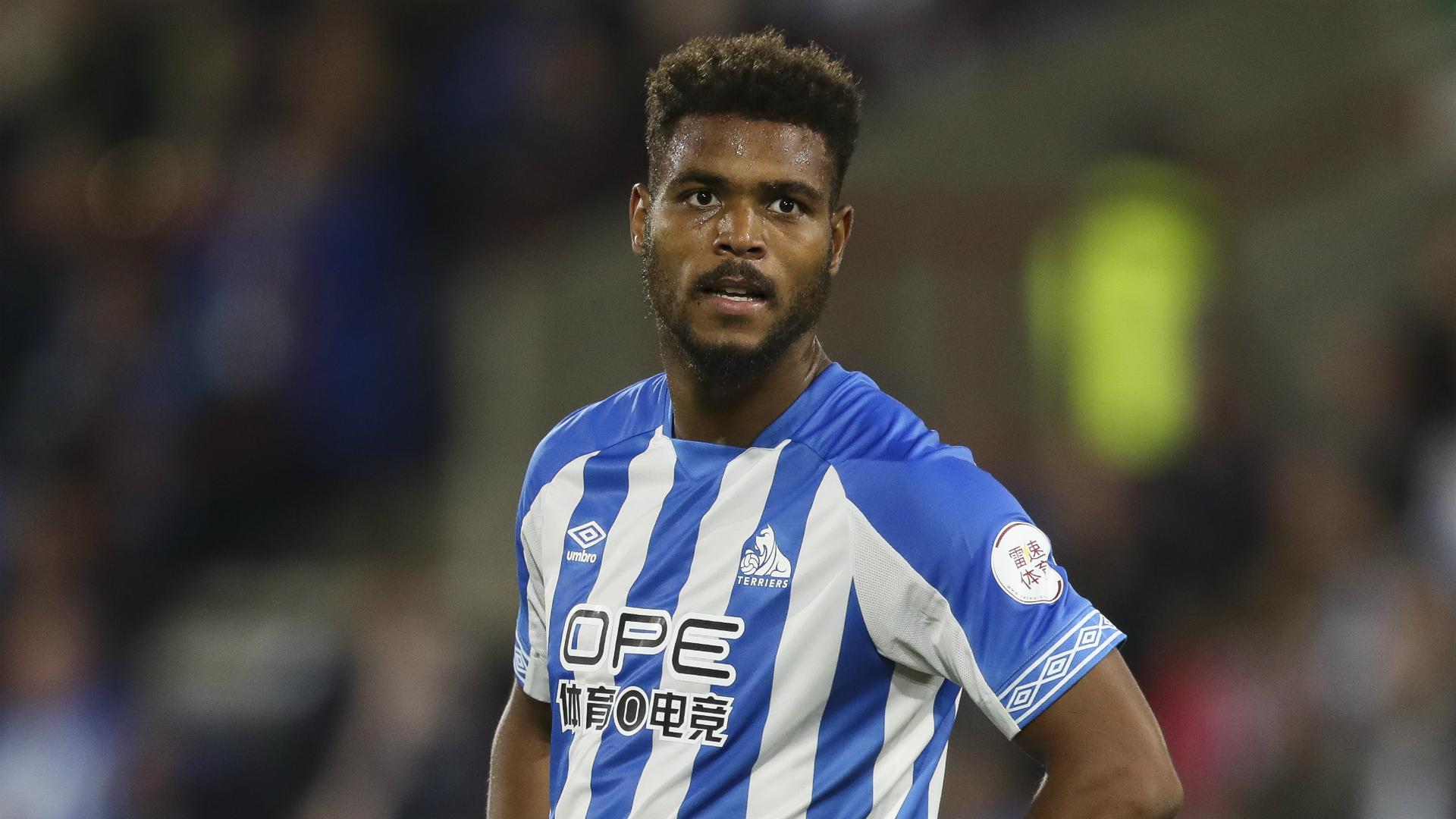Huddersfield boss Wagner defends misfiring Mounie