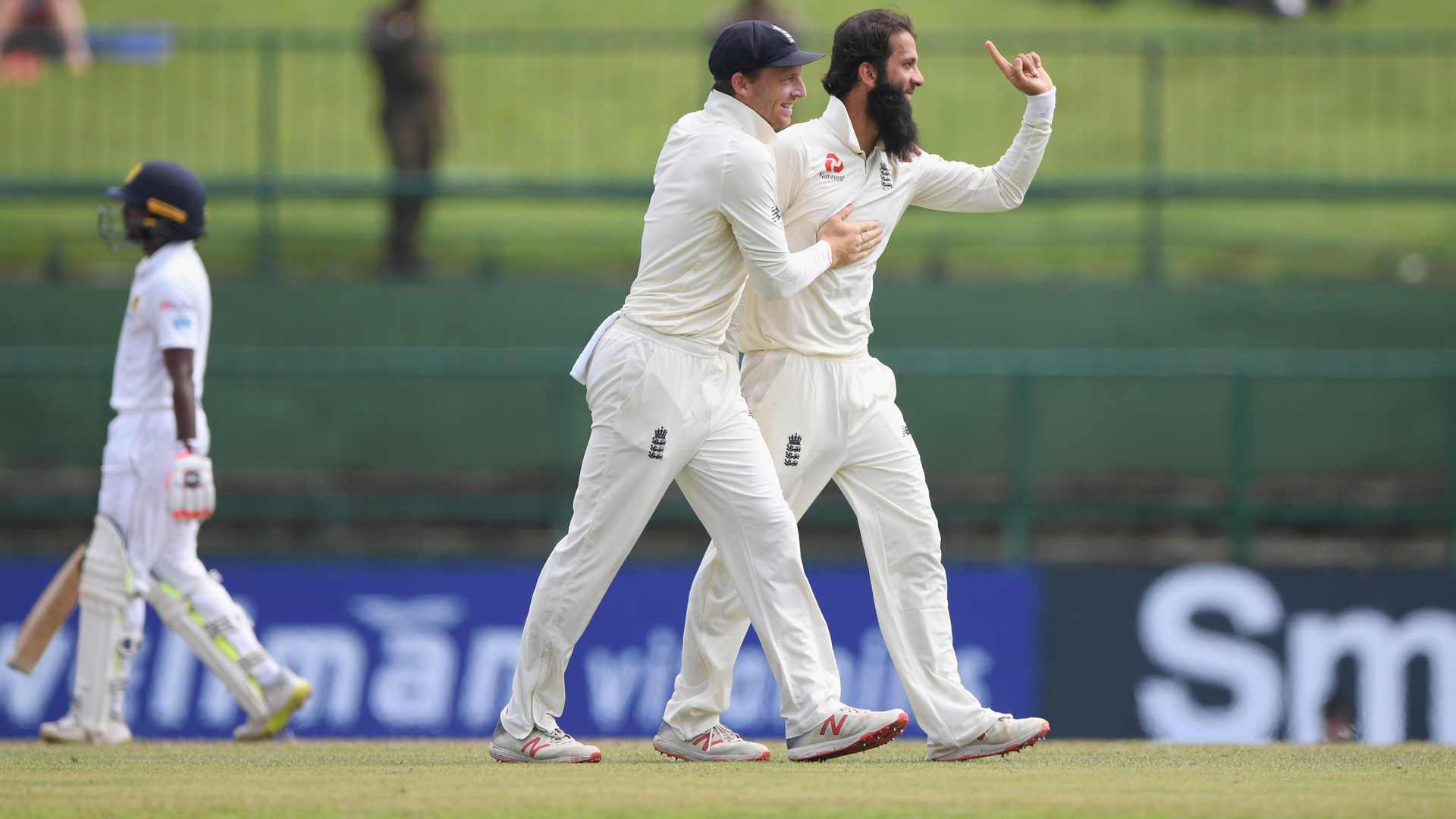 England seal series win over Sri Lanka