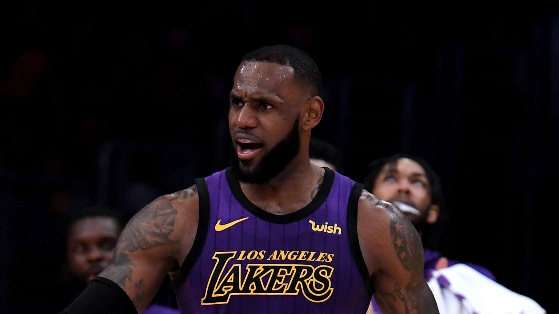 LeBron made 51 points 'look easy', says Walton