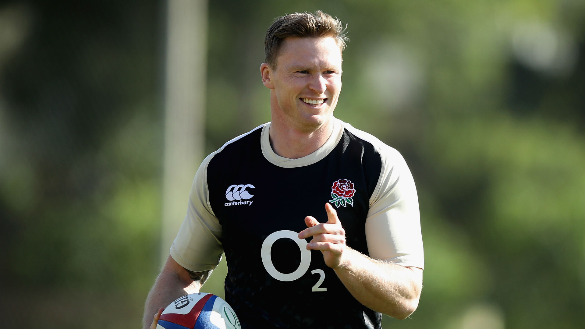 Ashton replaces injured Tuilagi on England bench