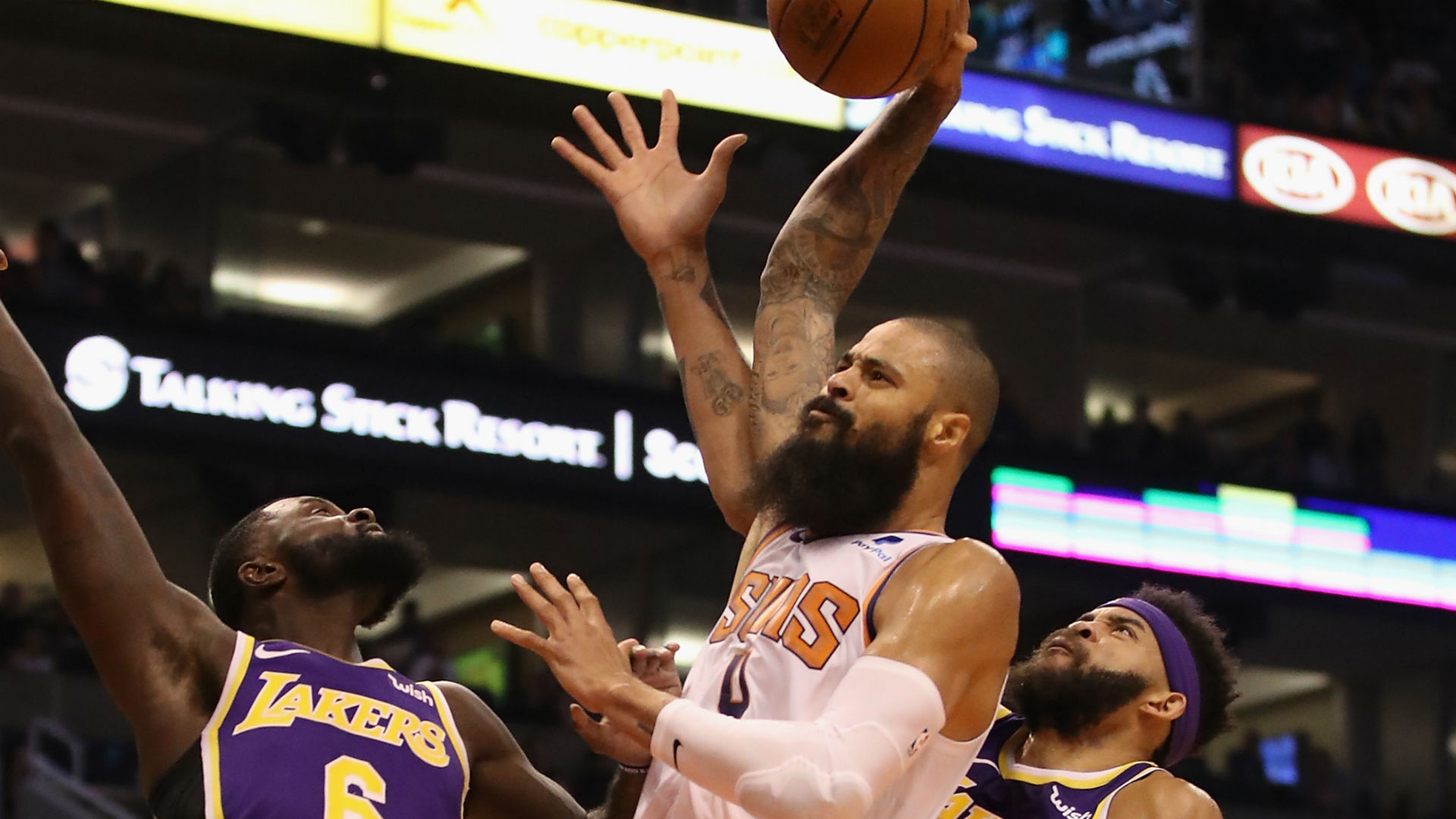 b3030fcfab4 NBA free agency rumors: Suns to waive C Tyson Chandler; Lakers favorites to  sign