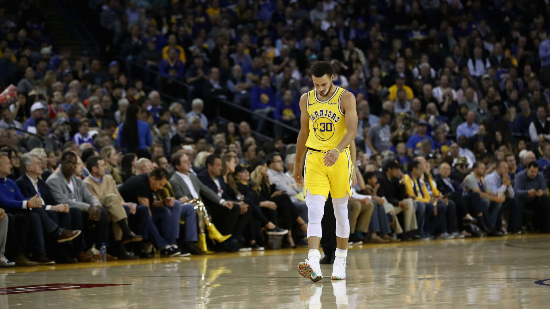 Stephen Curry (groin) due for MRI after exiting Warriors' first home loss
