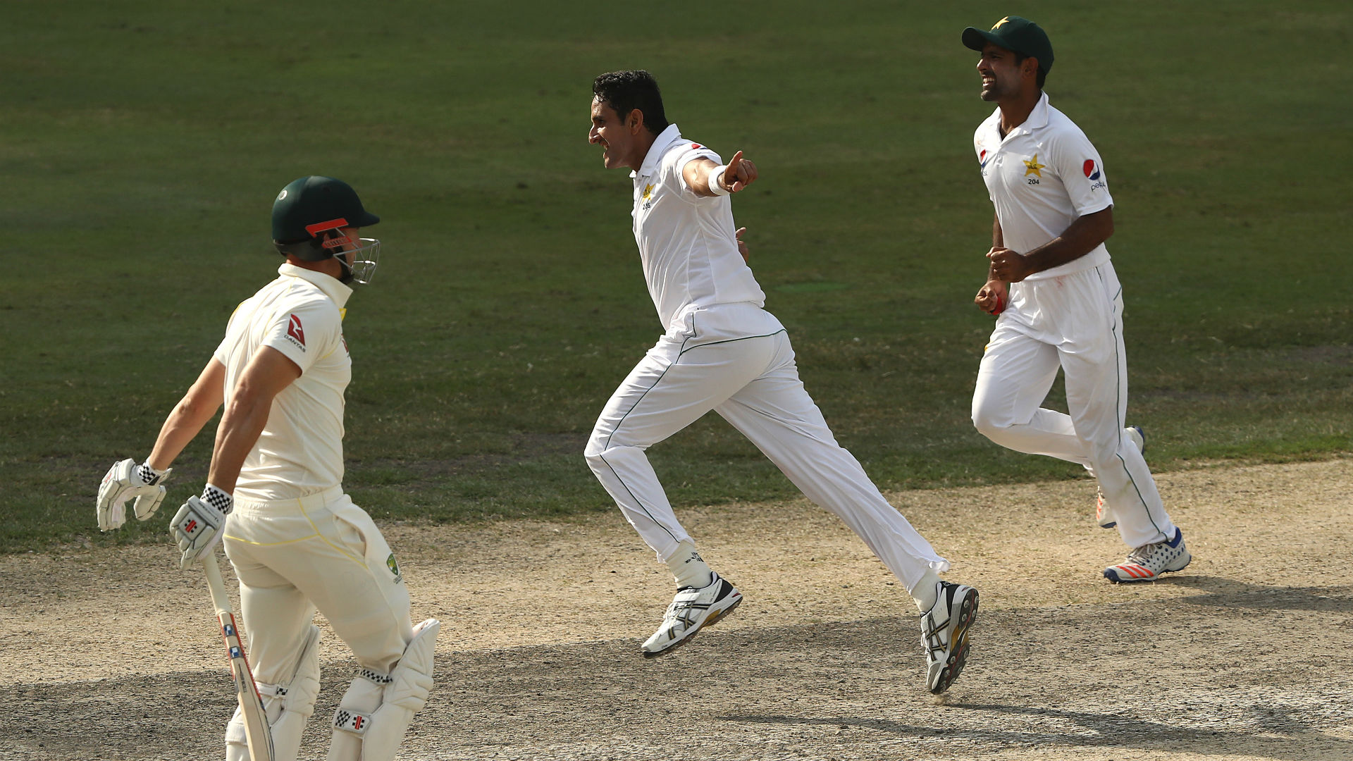 Abbas targets record books as Pakistan chase victory
