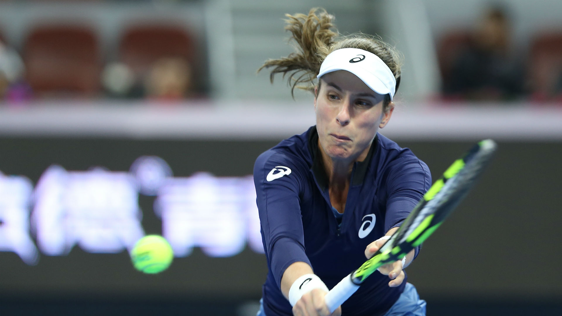 Konta conquers Mertens in Moscow