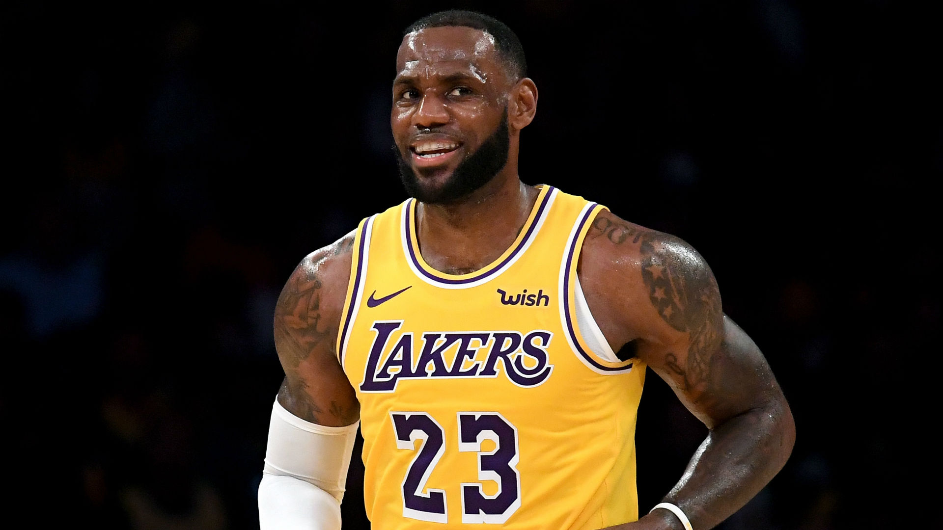 7d40f01f7c1 Lakers  LeBron James   I m strong enough to play most minutes but they  won t listen to me