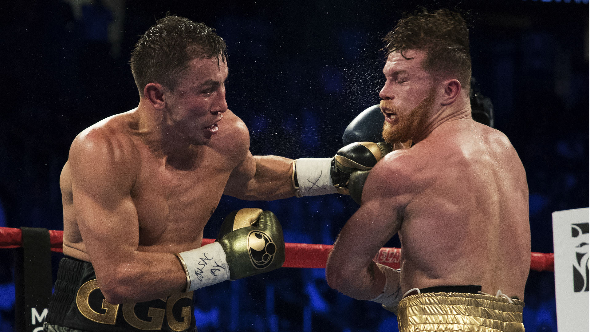 Canelo Alvarez claims middleweight title with narrow win over Gennady Golovkin