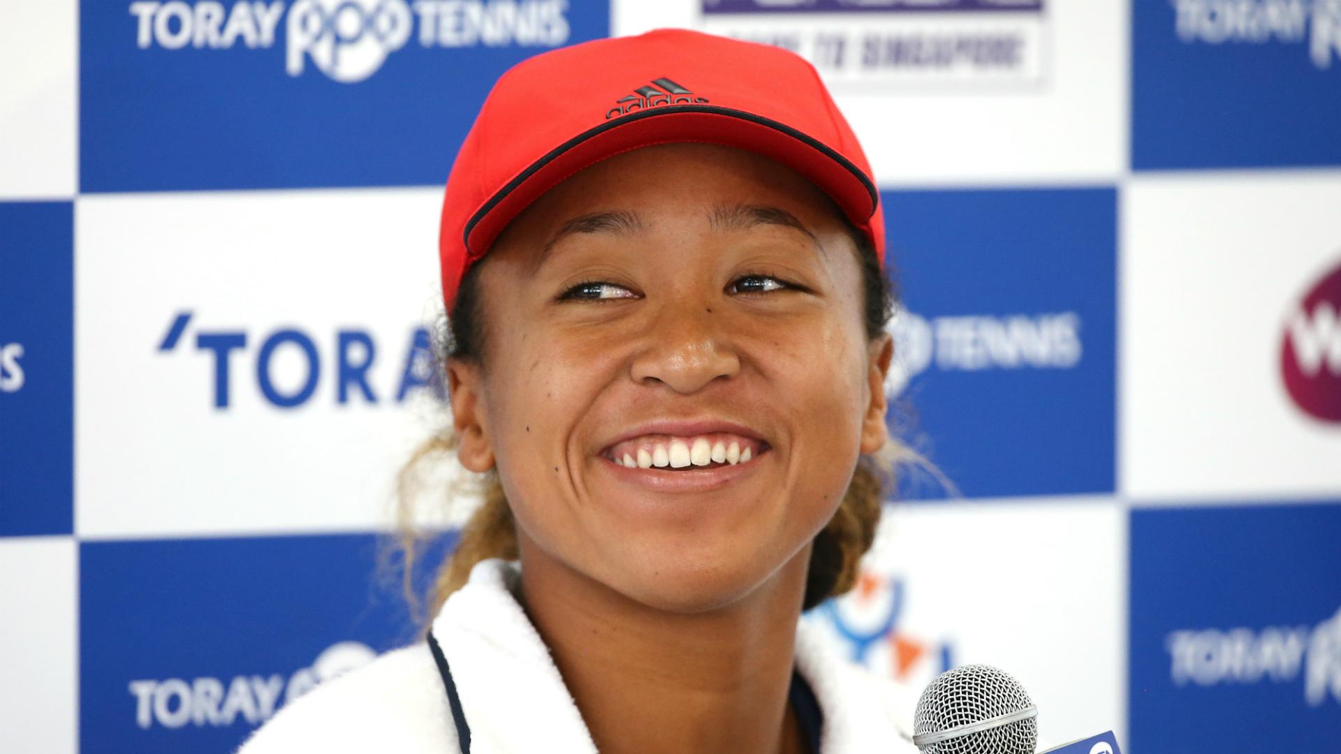 Osaka wows Tokyo crowd on WTA return