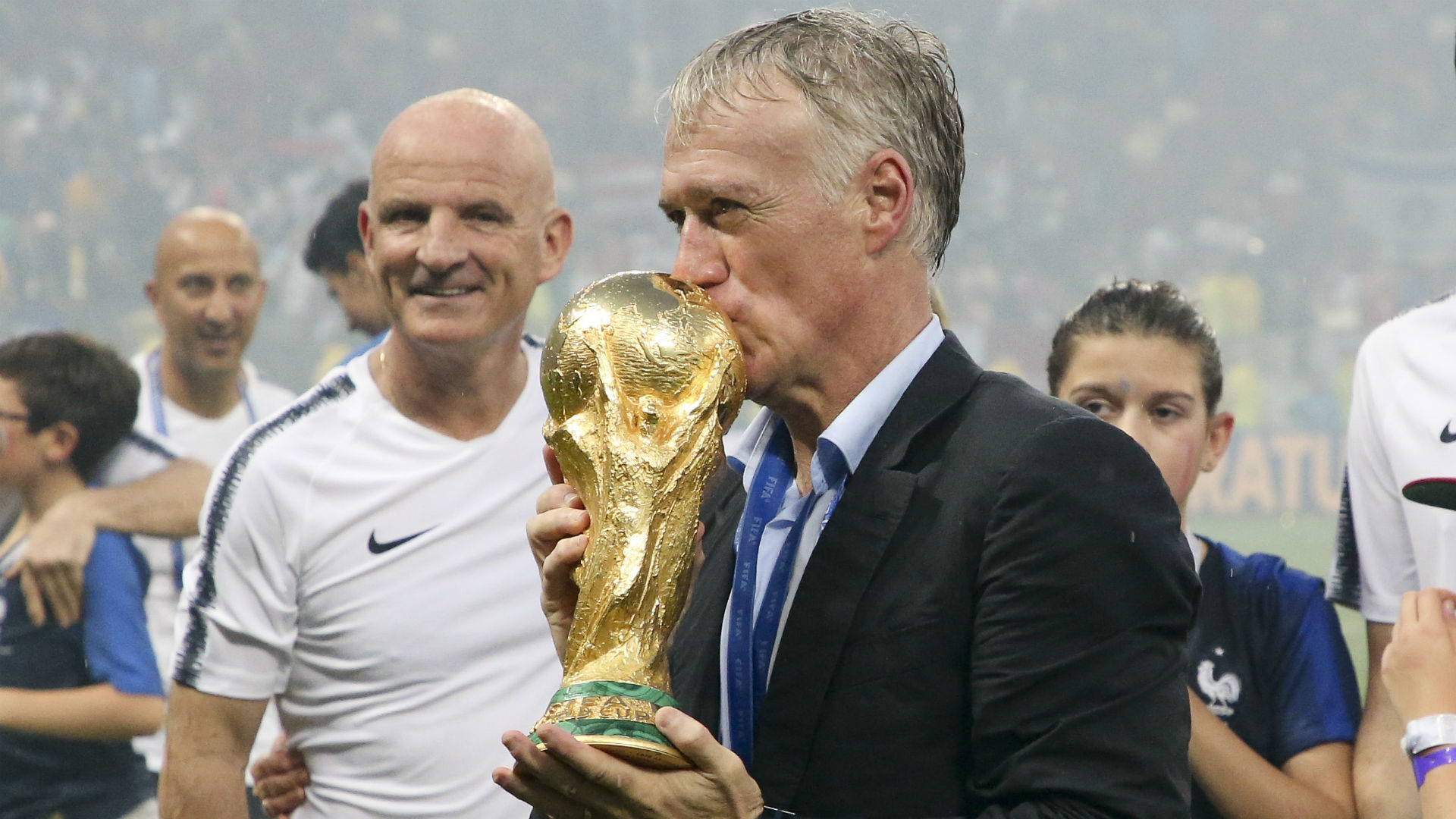 Deschamps wins FIFA Best Men's Coach award