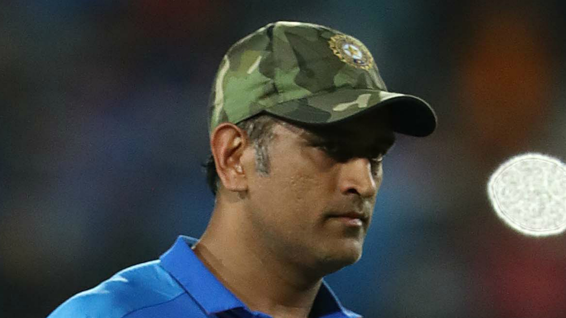 Dhoni hit with IPL fine after on-field umpire remonstration
