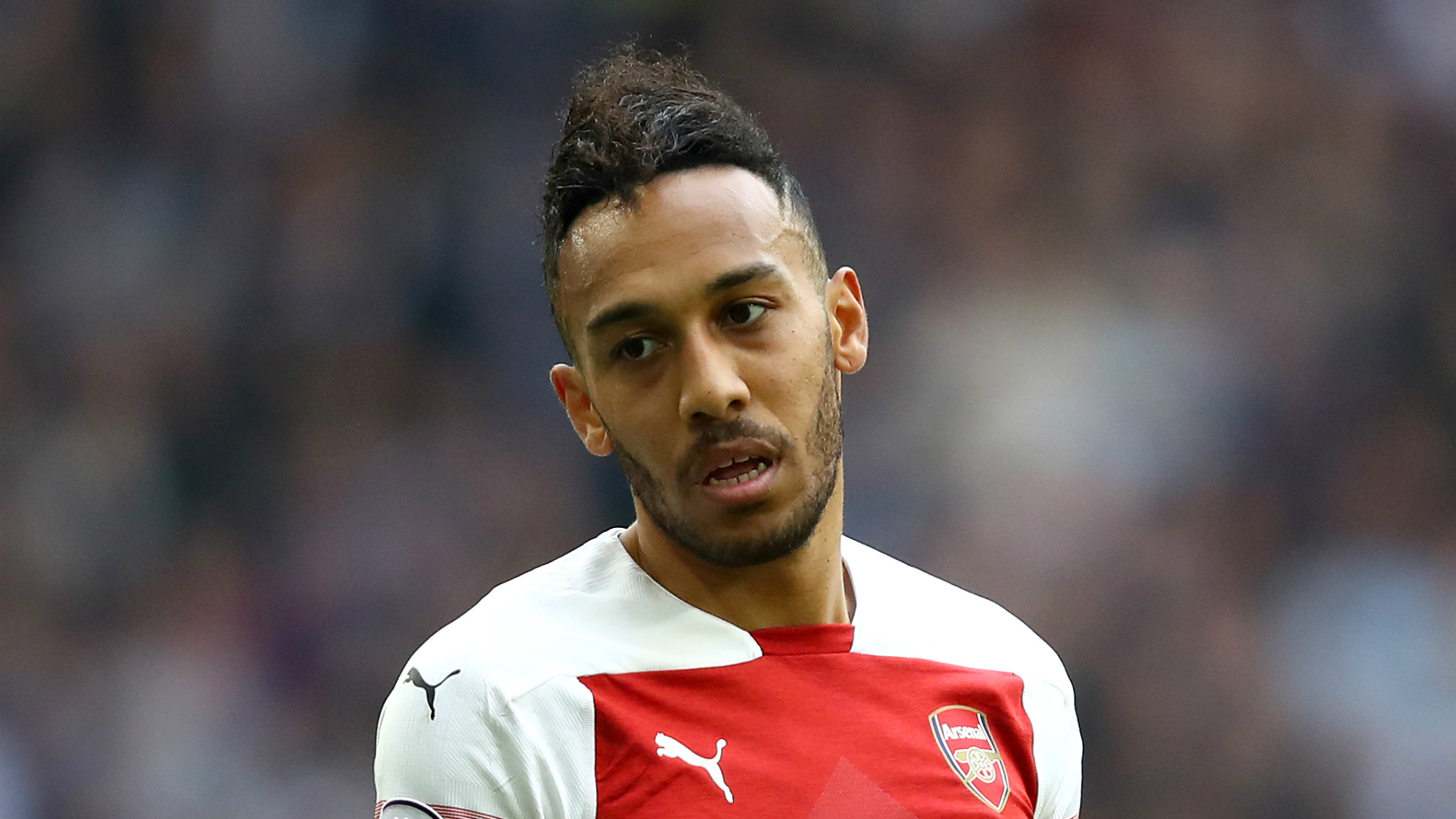 Arsenal's Aubameyang upset by racist abuse in English football
