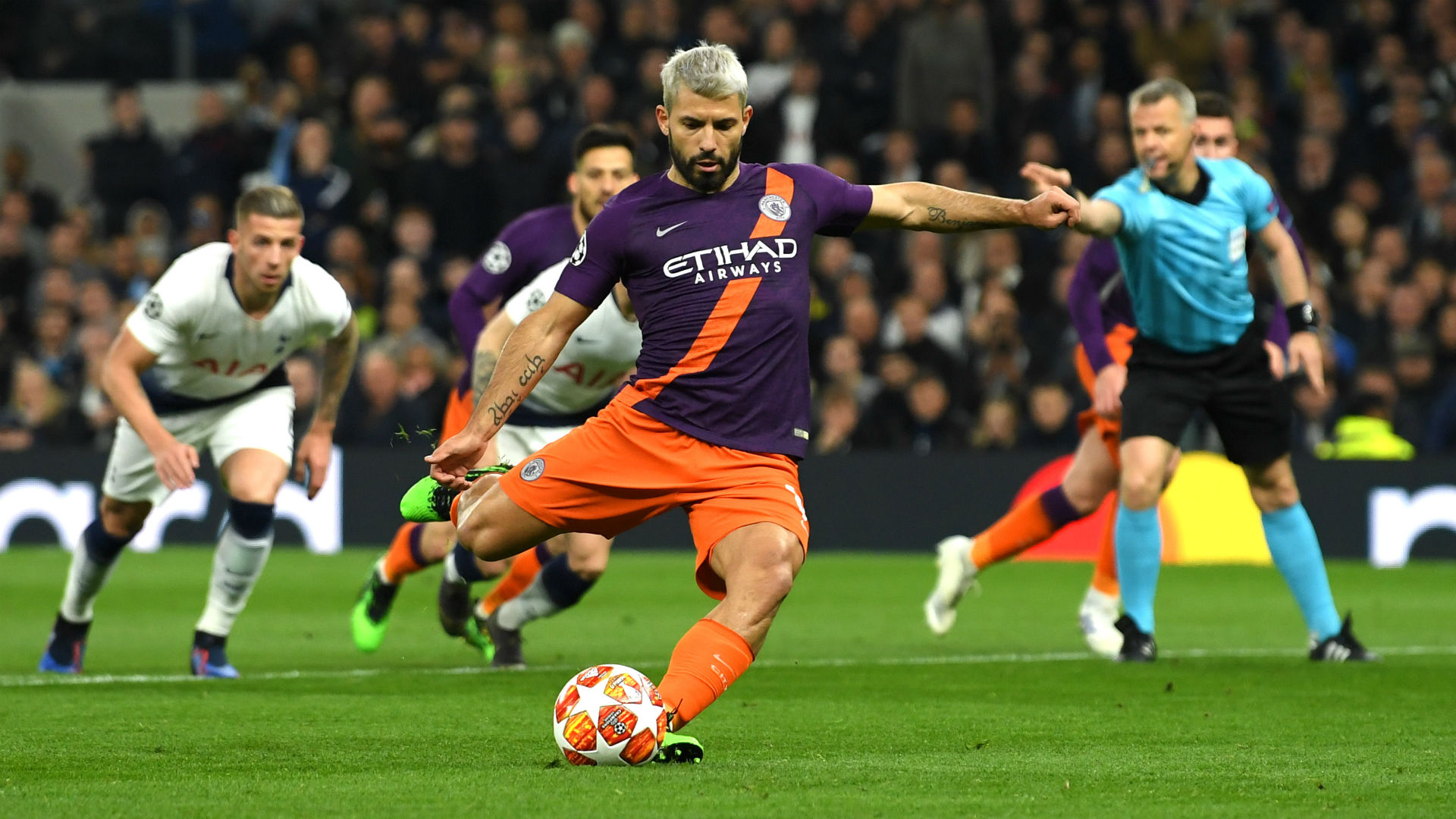 Guardiola happy for Aguero to retain spot-kick duties despite Spurs miss