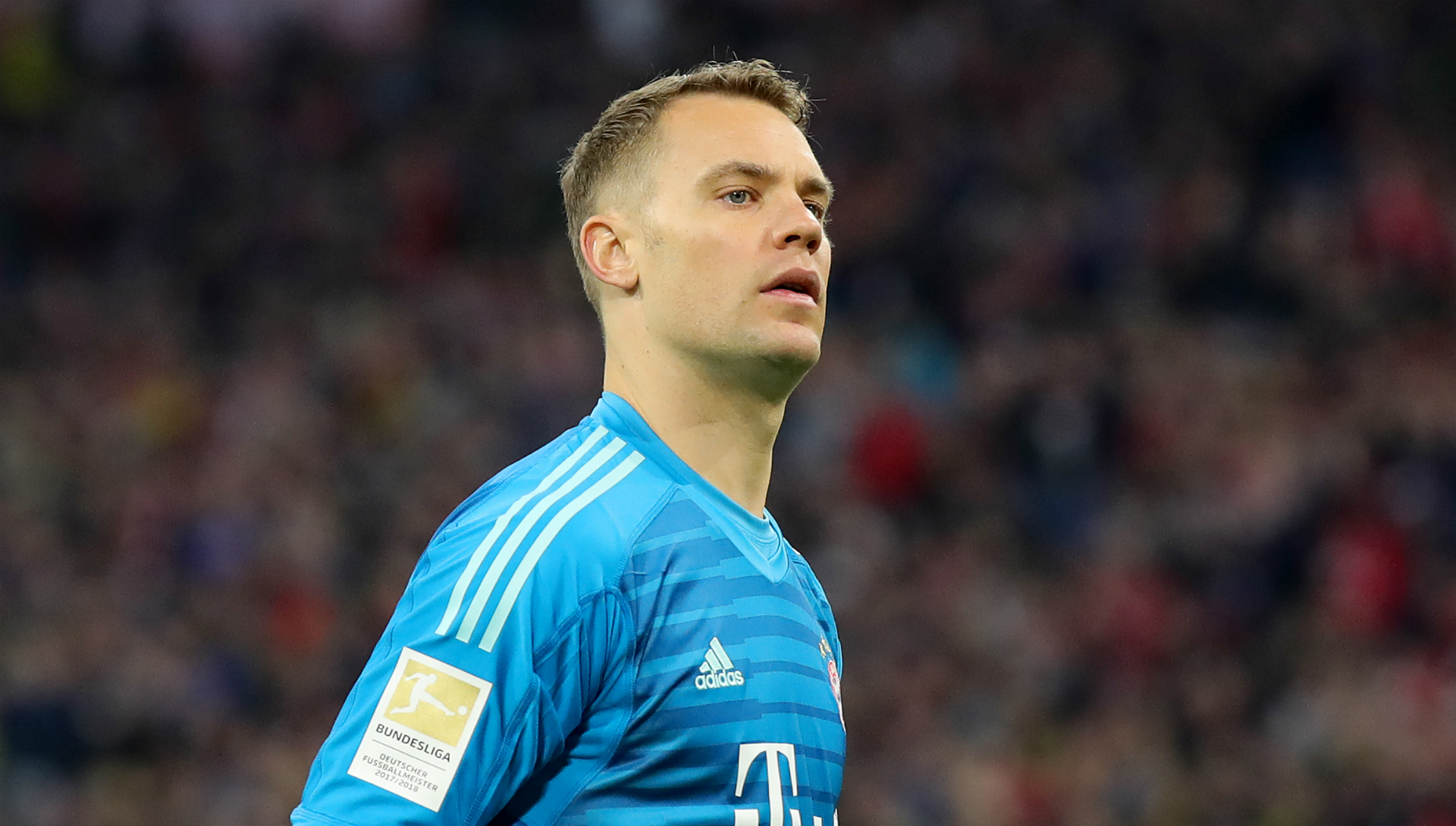 Neuer out for two weeks in double Bayern injury blow
