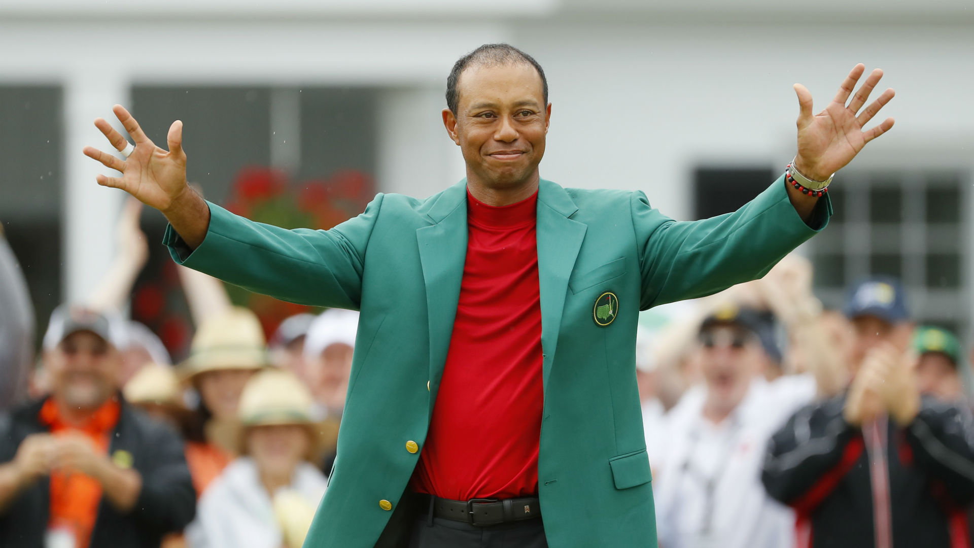 Debate: Can Tiger Woods overhaul Jack Nicklaus' major record?