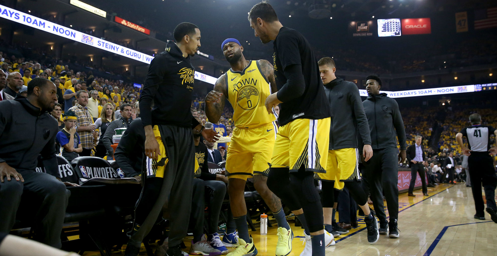 DeMarcus Cousins leaves Warriors-Clippers clash with quad injury