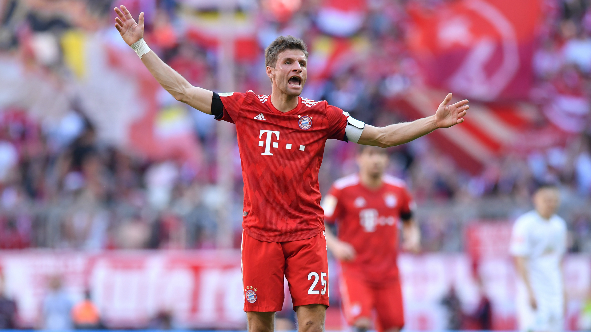 Muller: Bayern feeling title pressure