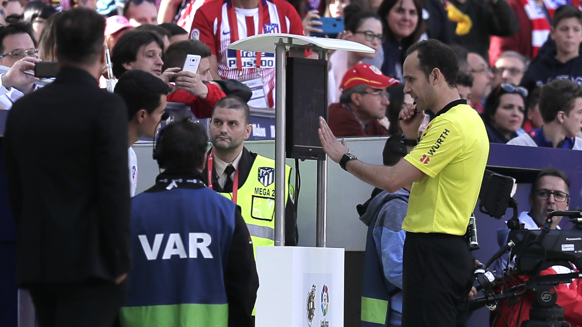 Simeone offers sympathy after Valladolid fume at VAR call
