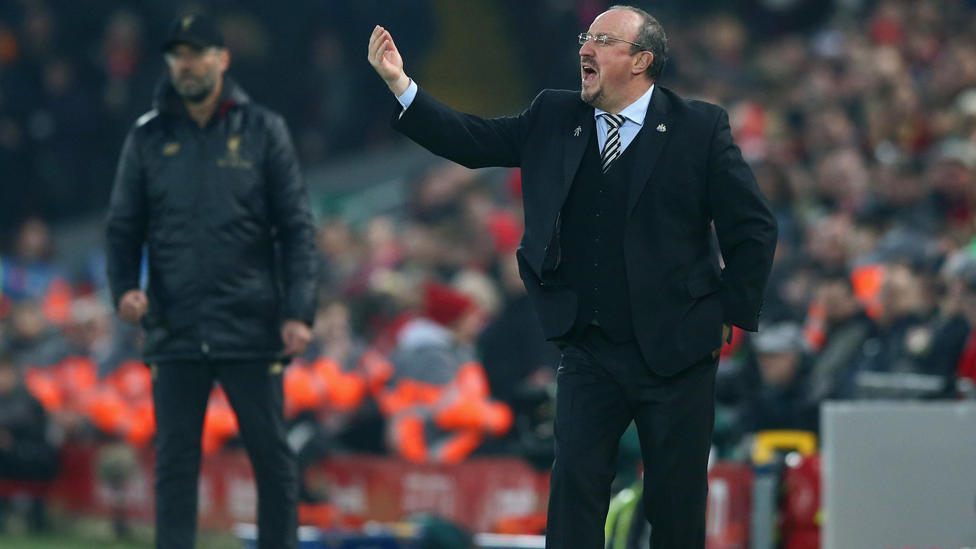 Benitez tells Liverpool not to expect favour