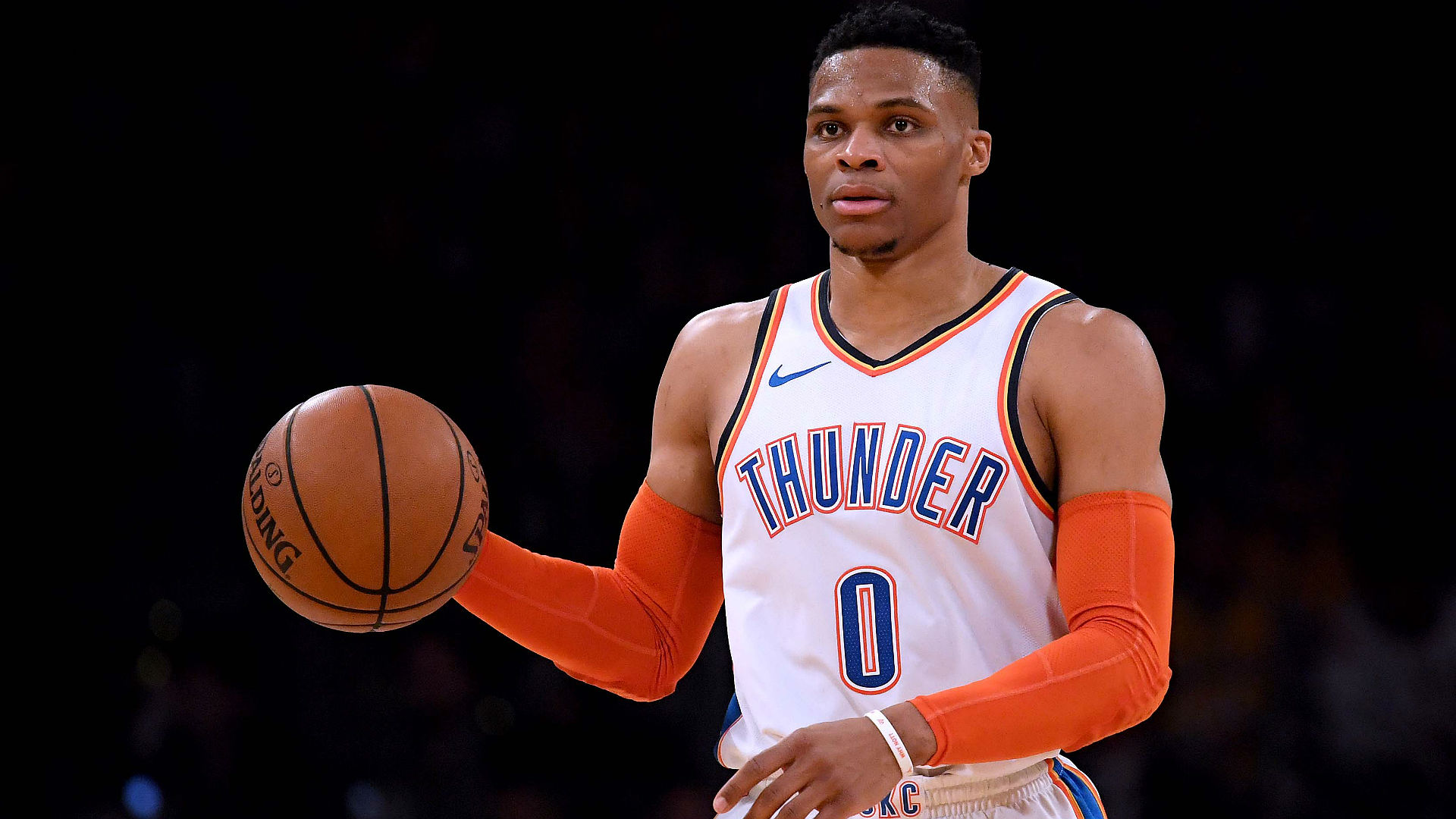 Westbrook makes history, Warriors stay ahead of Nuggets