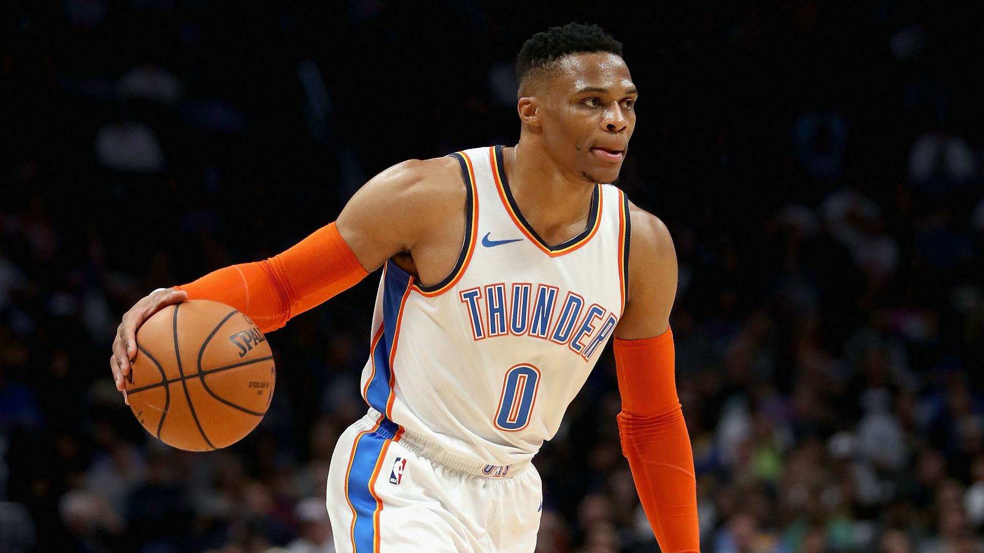 WATCH: Westbrook serves up outrageous, no-look assist