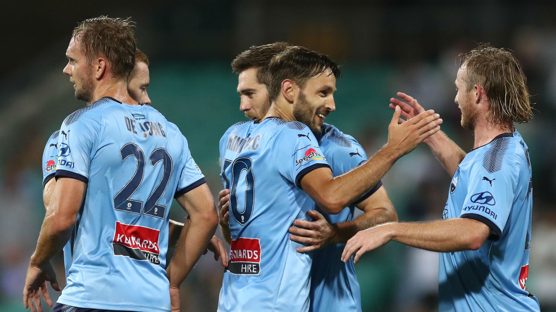 A-League Review: Ninkovic late show settles Big Blue