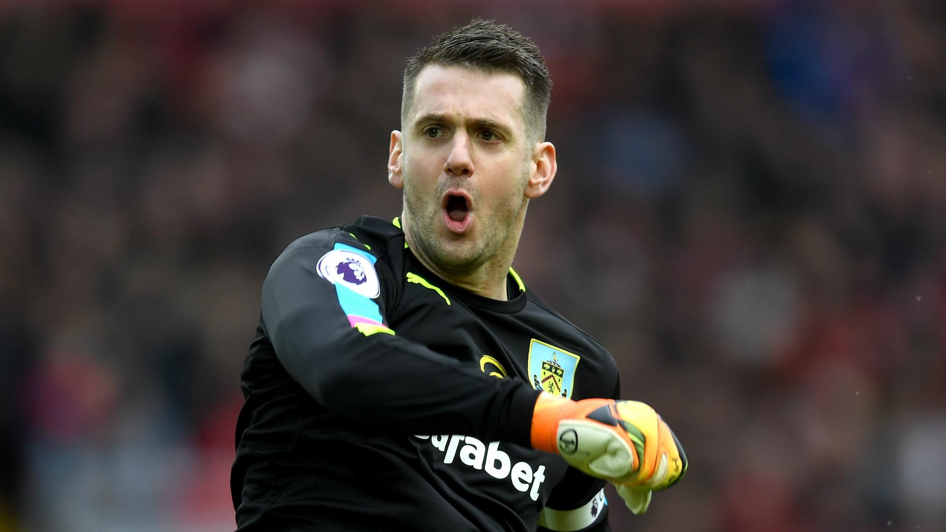 Aston Villa sign Heaton from Burnley