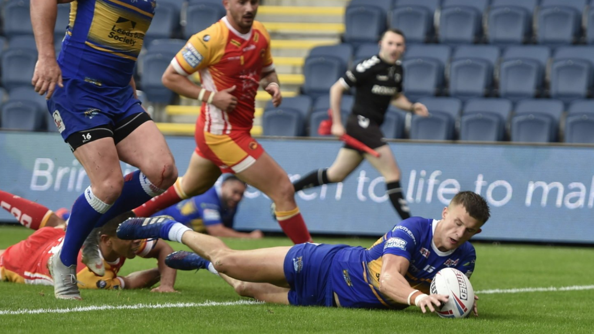 Rhinos hammer Dragons to edge clear of Super League relegation