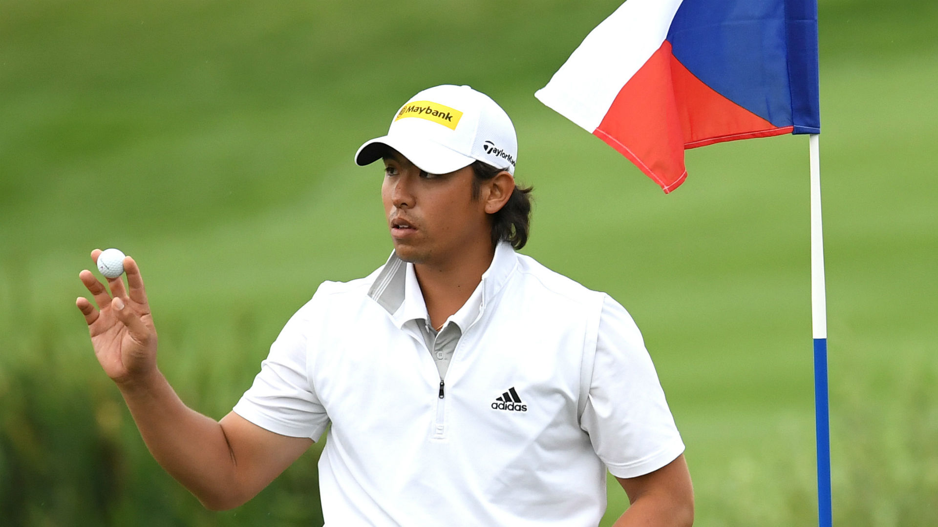 Green takes early lead at Czech Masters