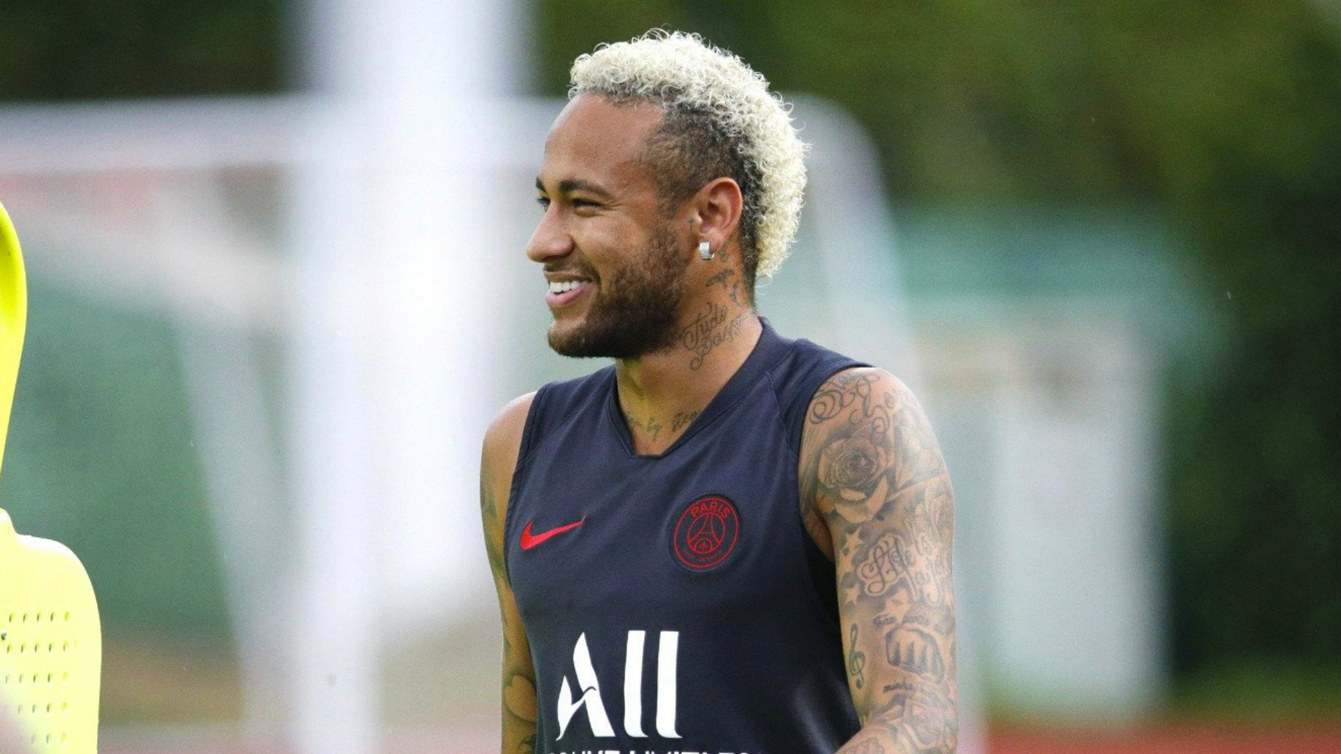 Neymar completely healed and not removed from Paris Saint-Germain squad, confirms Leonardo