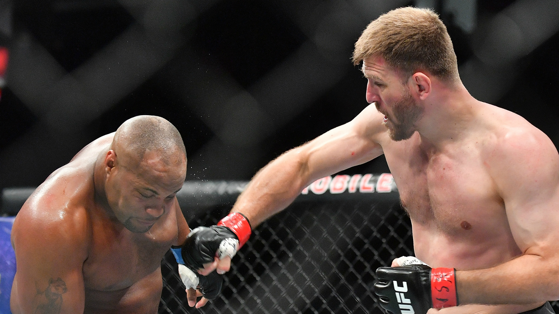 Miocic knocks out Cormier to recapture title at UFC 241