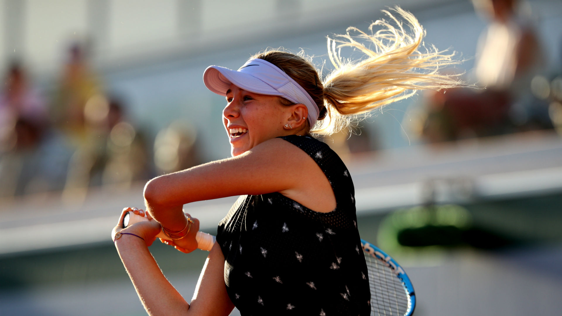 Anisimova out of US Open after father dies