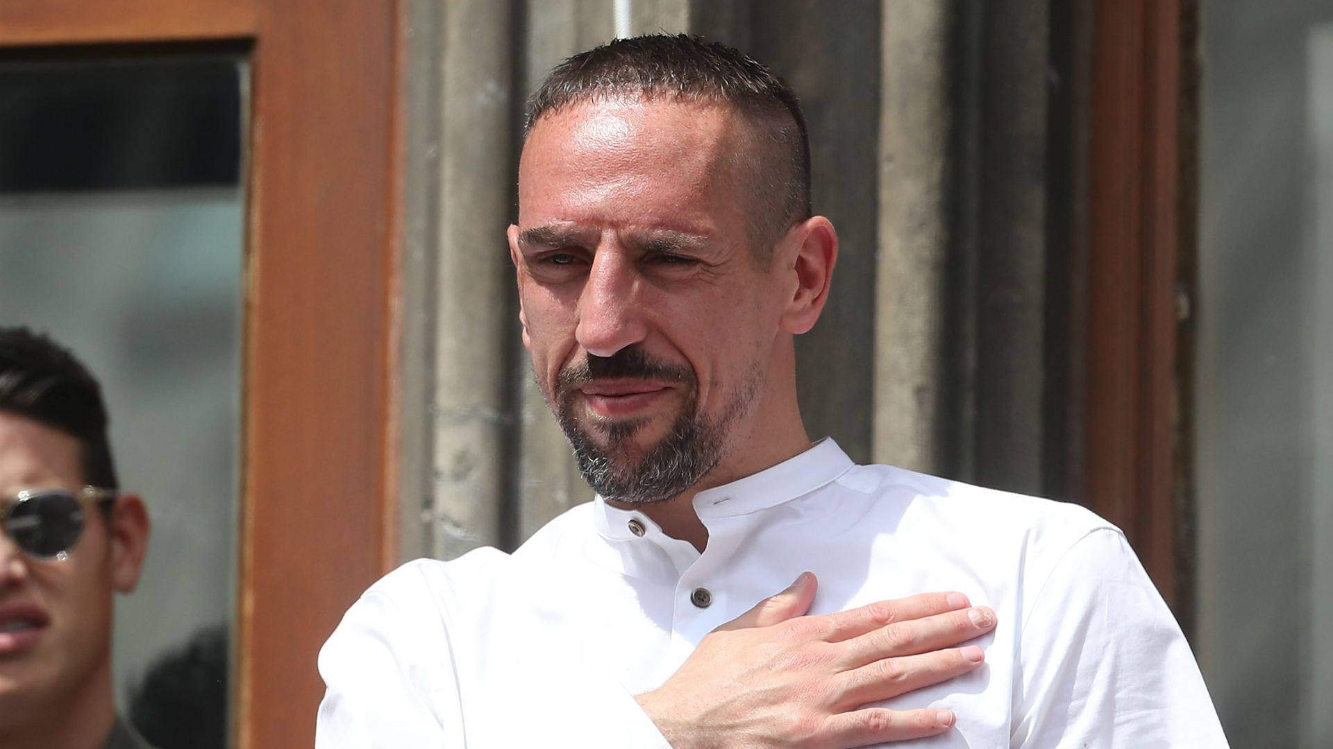 Ribery lands in Florence as Fiorentina welcome French 'legend'