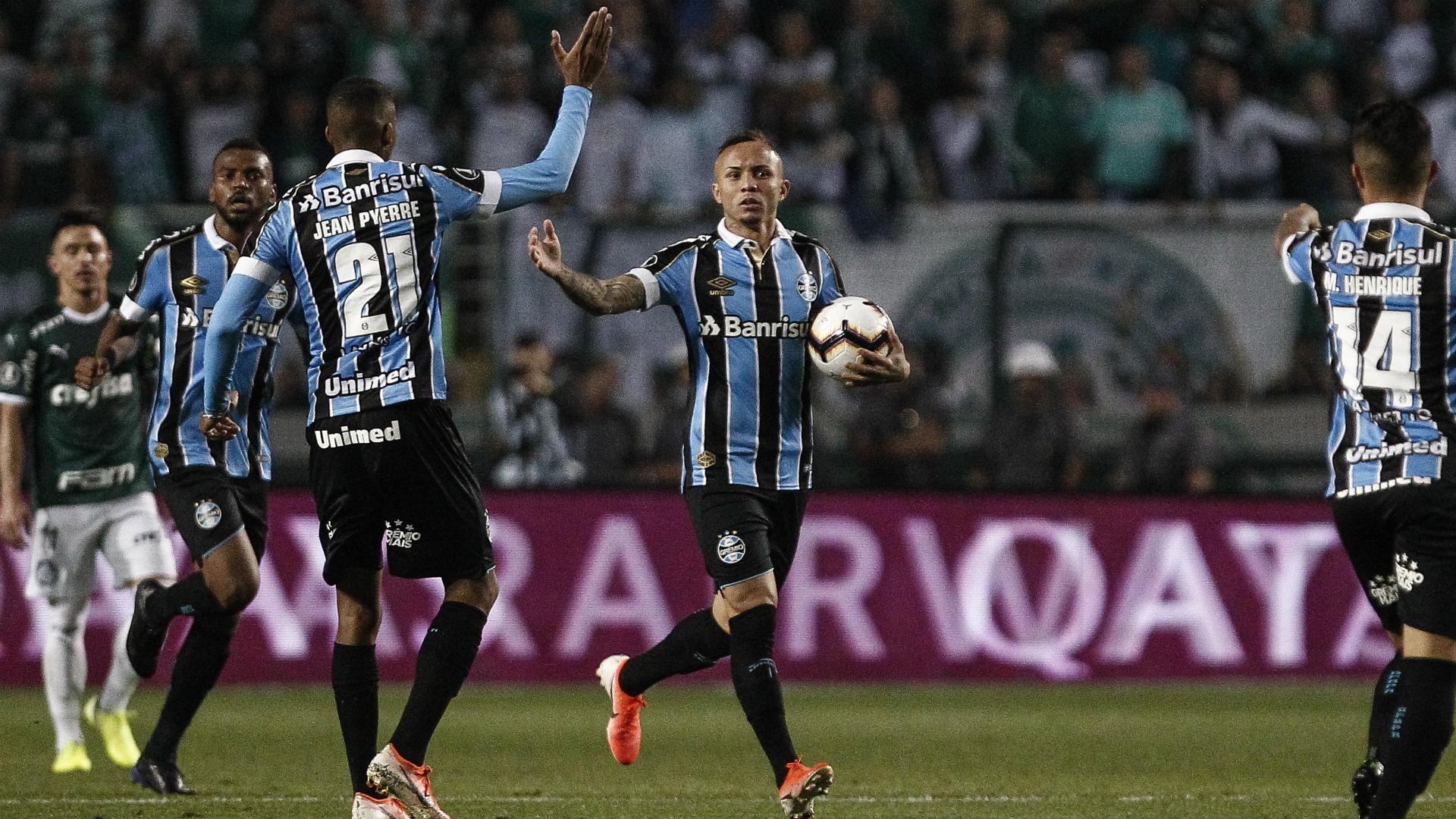 Palmeiras 1-2 Gremio (2-2 agg): Visitors reach Copa Libertadores semis on away goals