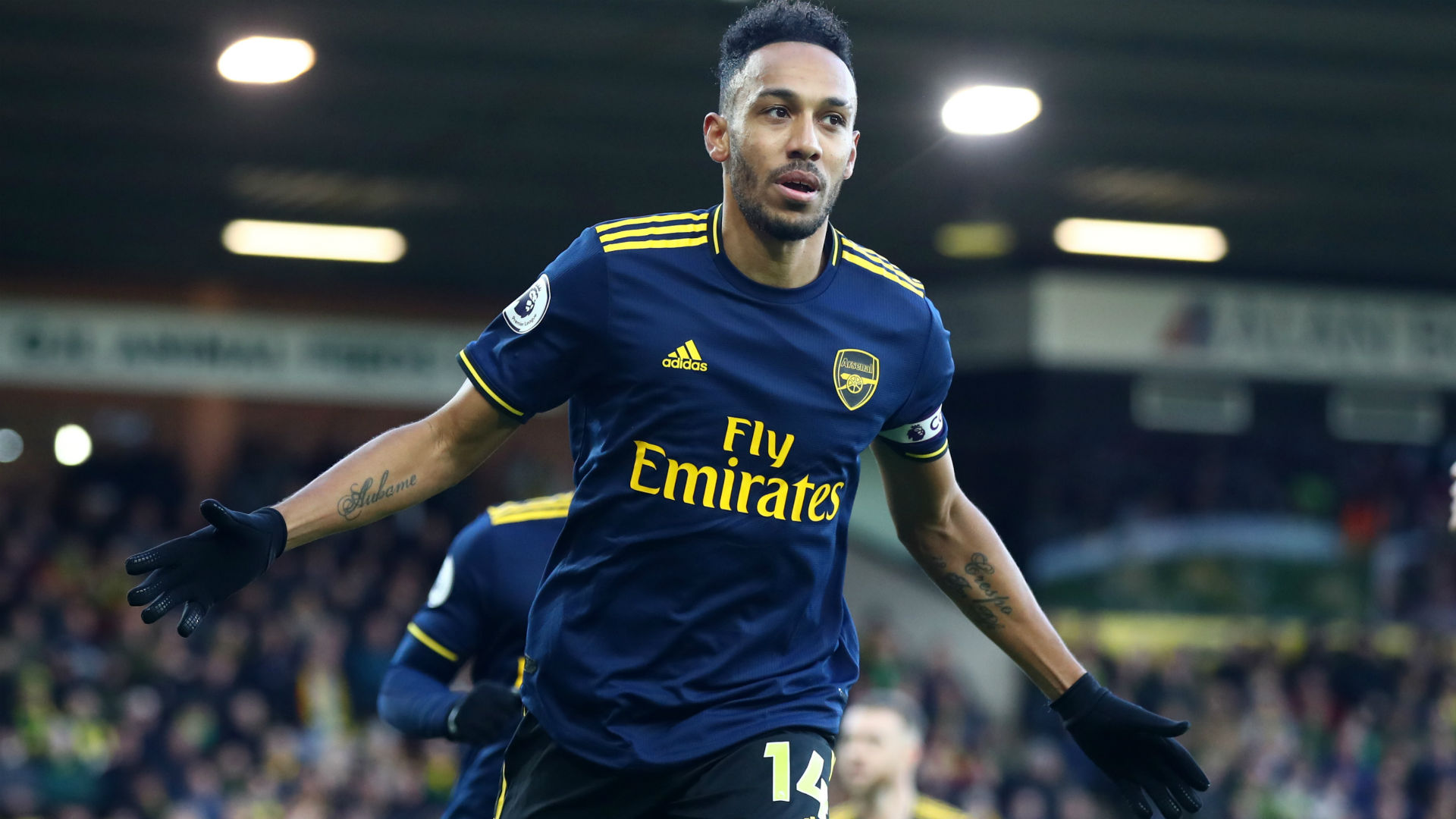 Norwich City 2-2 Arsenal: Ljungberg collects point in first game thanks to Aubameyang